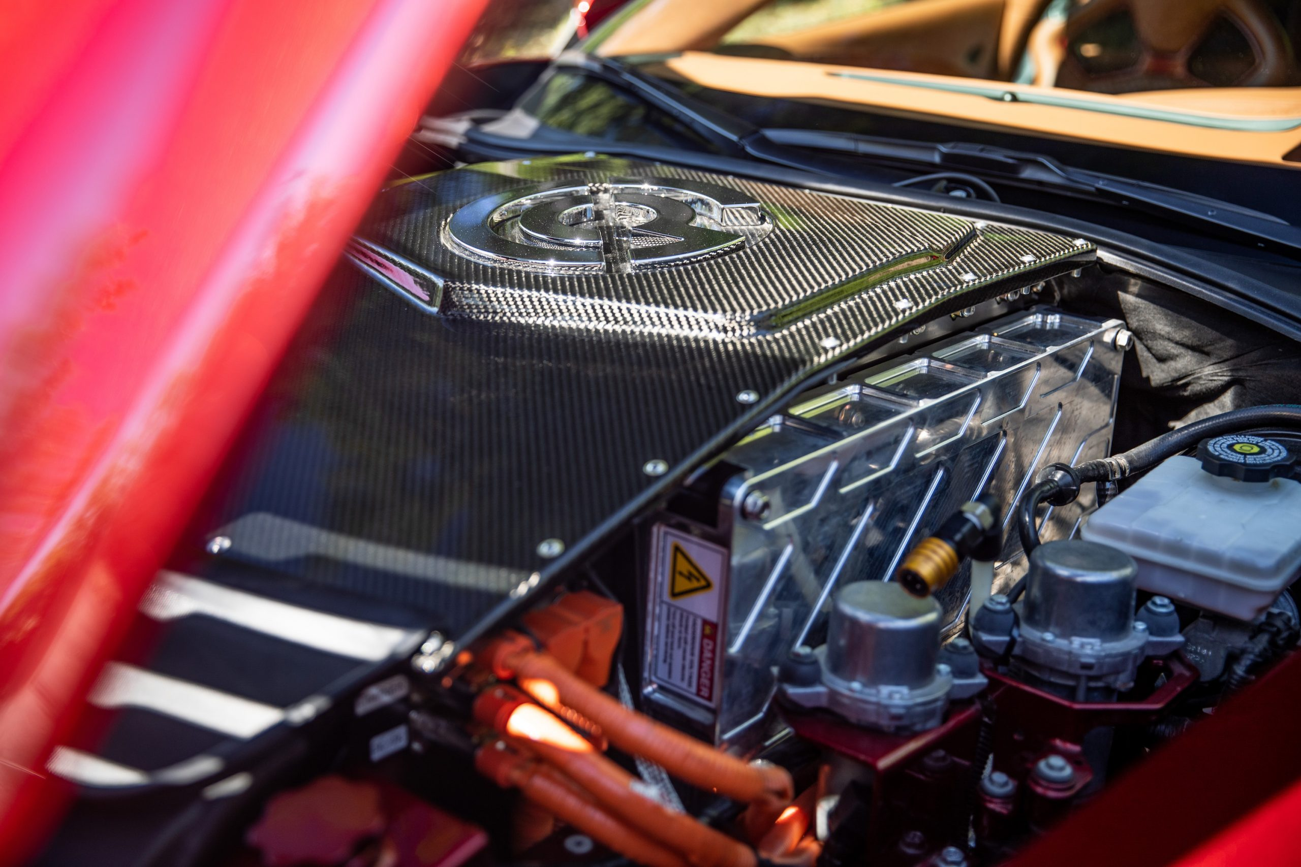 Genovation GXE C7 Corvette Engine Angle Close