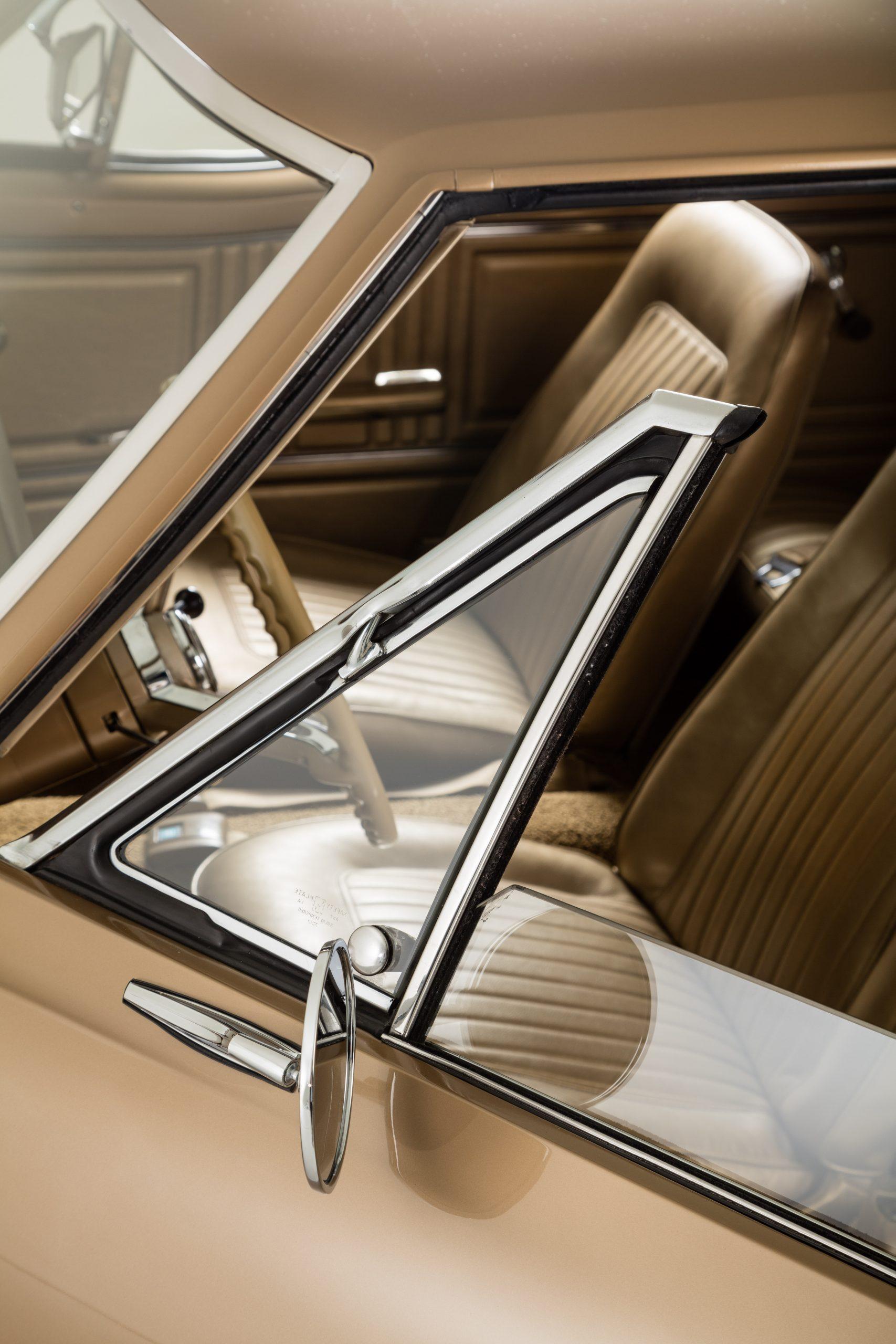 HVA - Chevrolet Camaro N100001 - Closeup drivers window and mirror