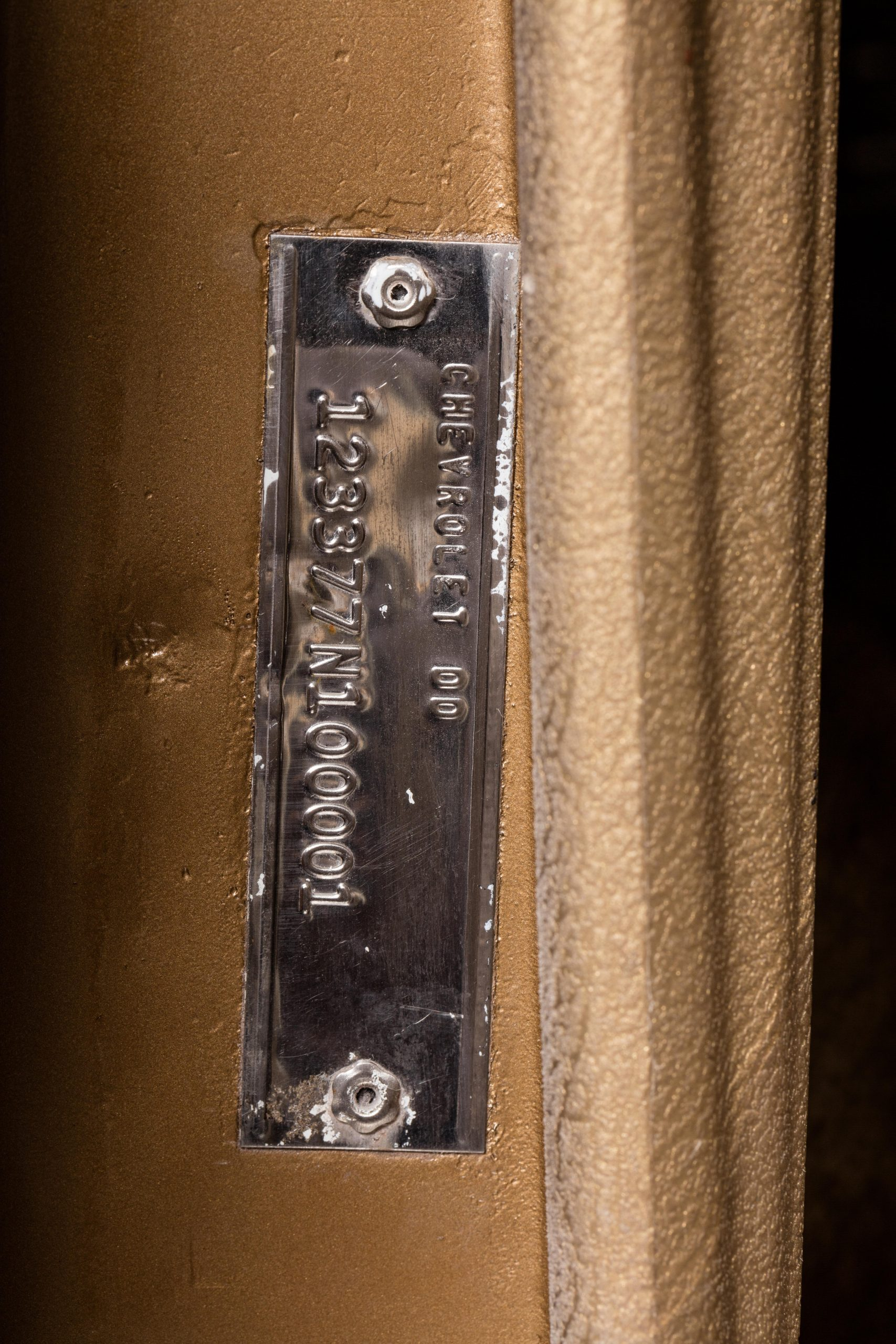 HVA - Chevrolet Camaro N100001 - Closeup VIN plate in door
