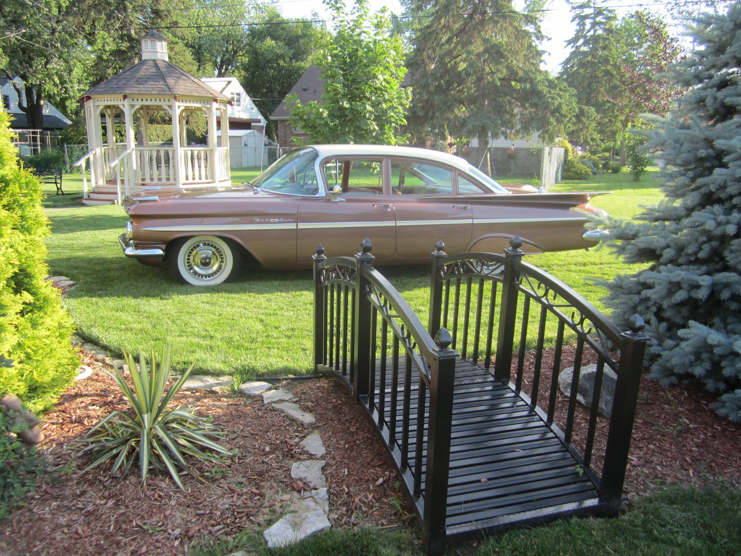 1959 Chevrolet Bel Air profile back yard
