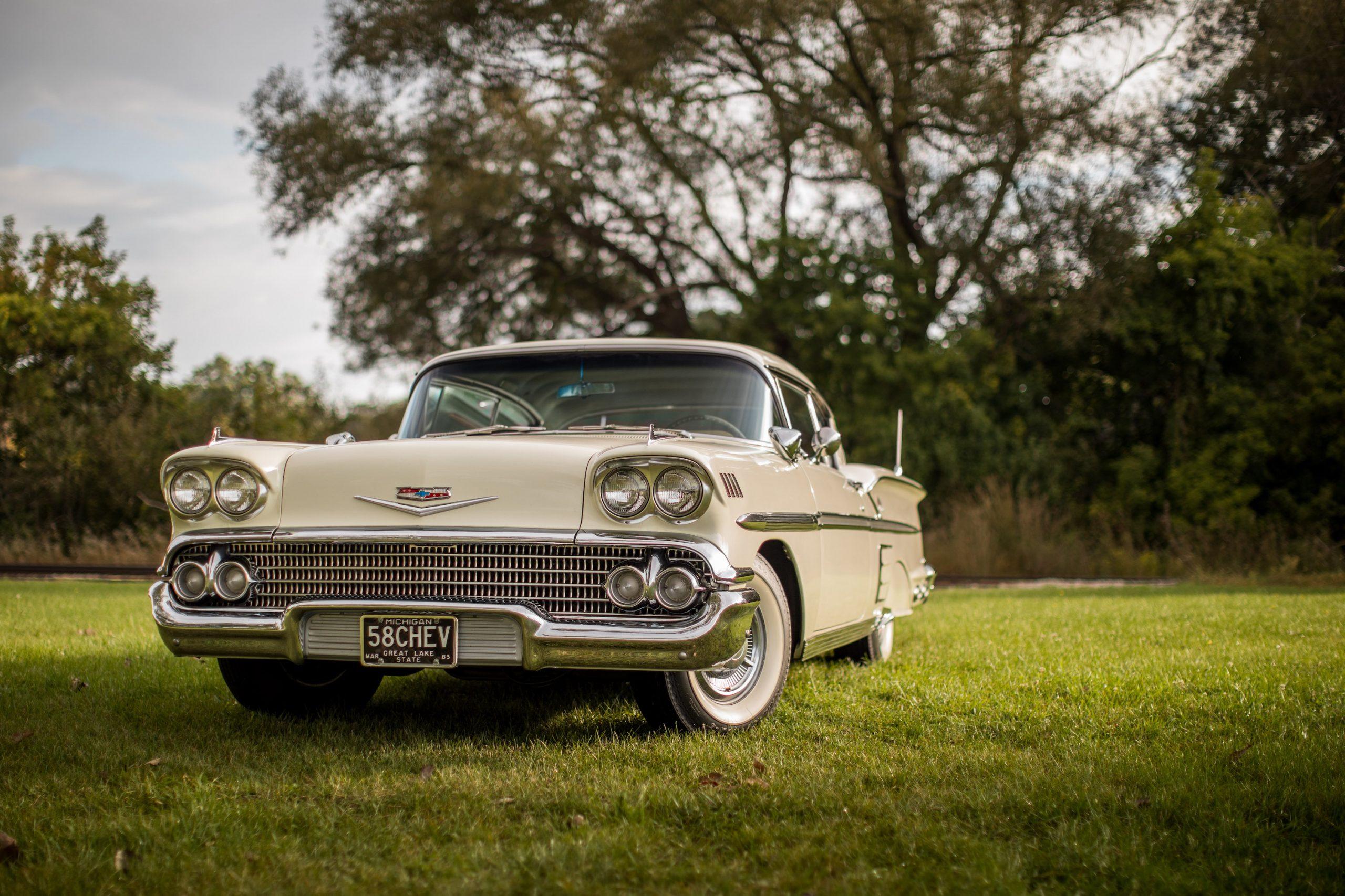 1958 Chevrolet Impala Hardtop Front Three-Quarter