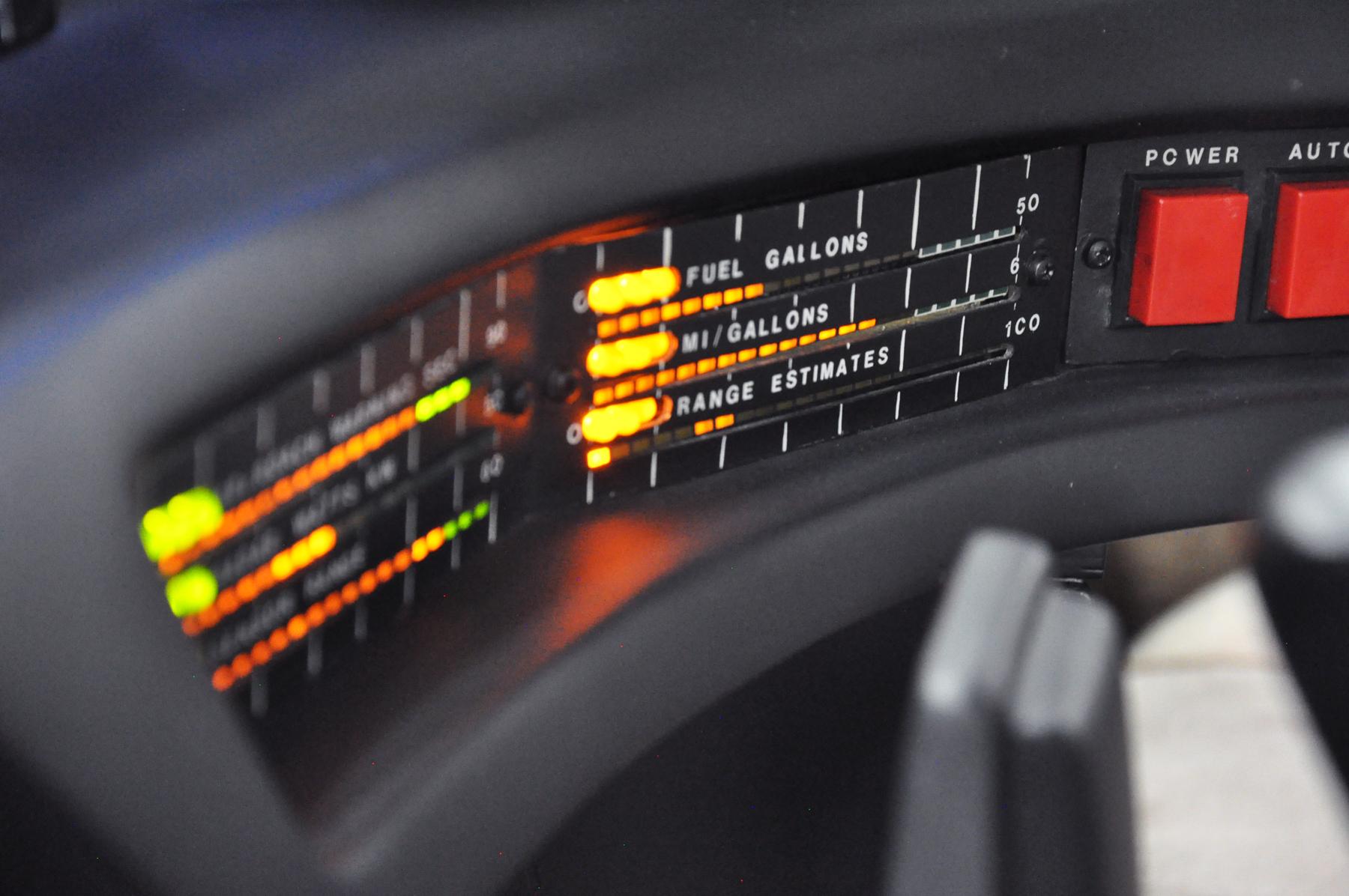 KITT - 1982 Pontiac Firebird Trans Am - Fuel gauge