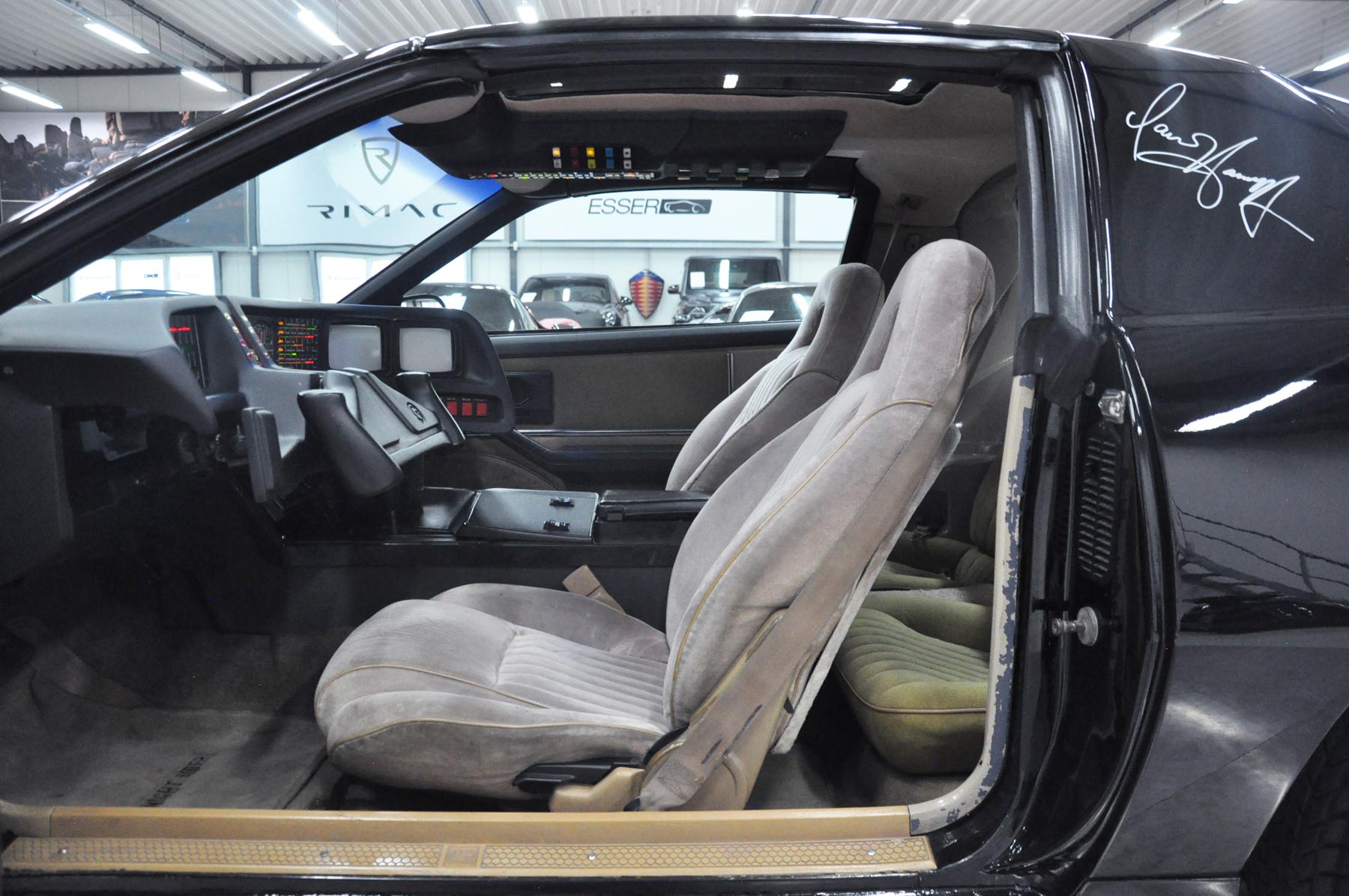 KITT - 1982 Pontiac Firebird Trans Am - Drivers side interior
