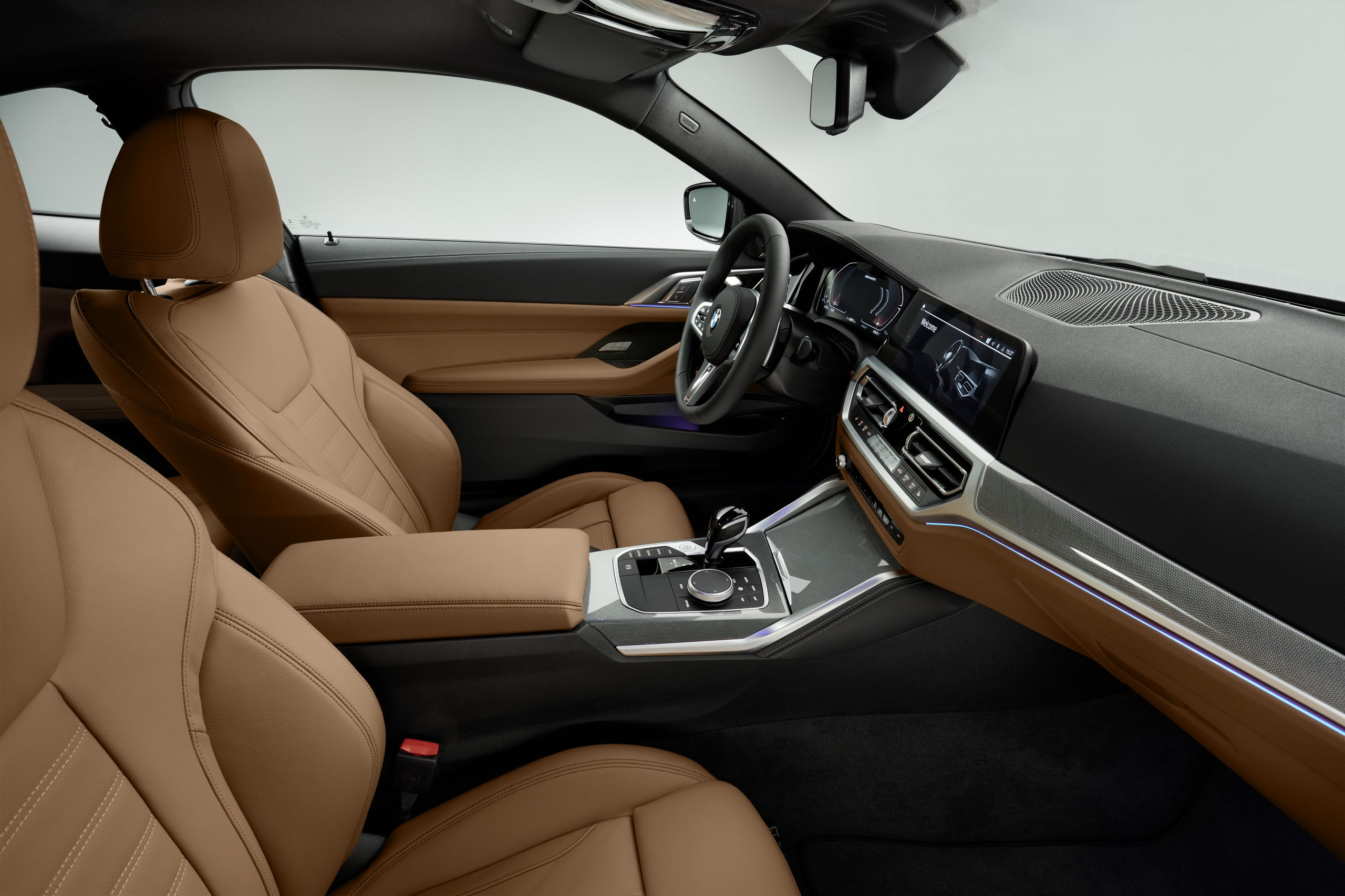 2021 BMW 4 Series interior