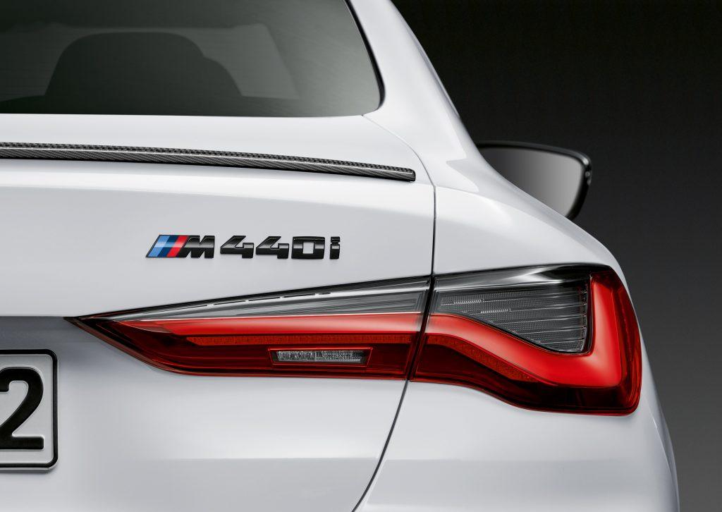 2021 BMW M440i rear deck