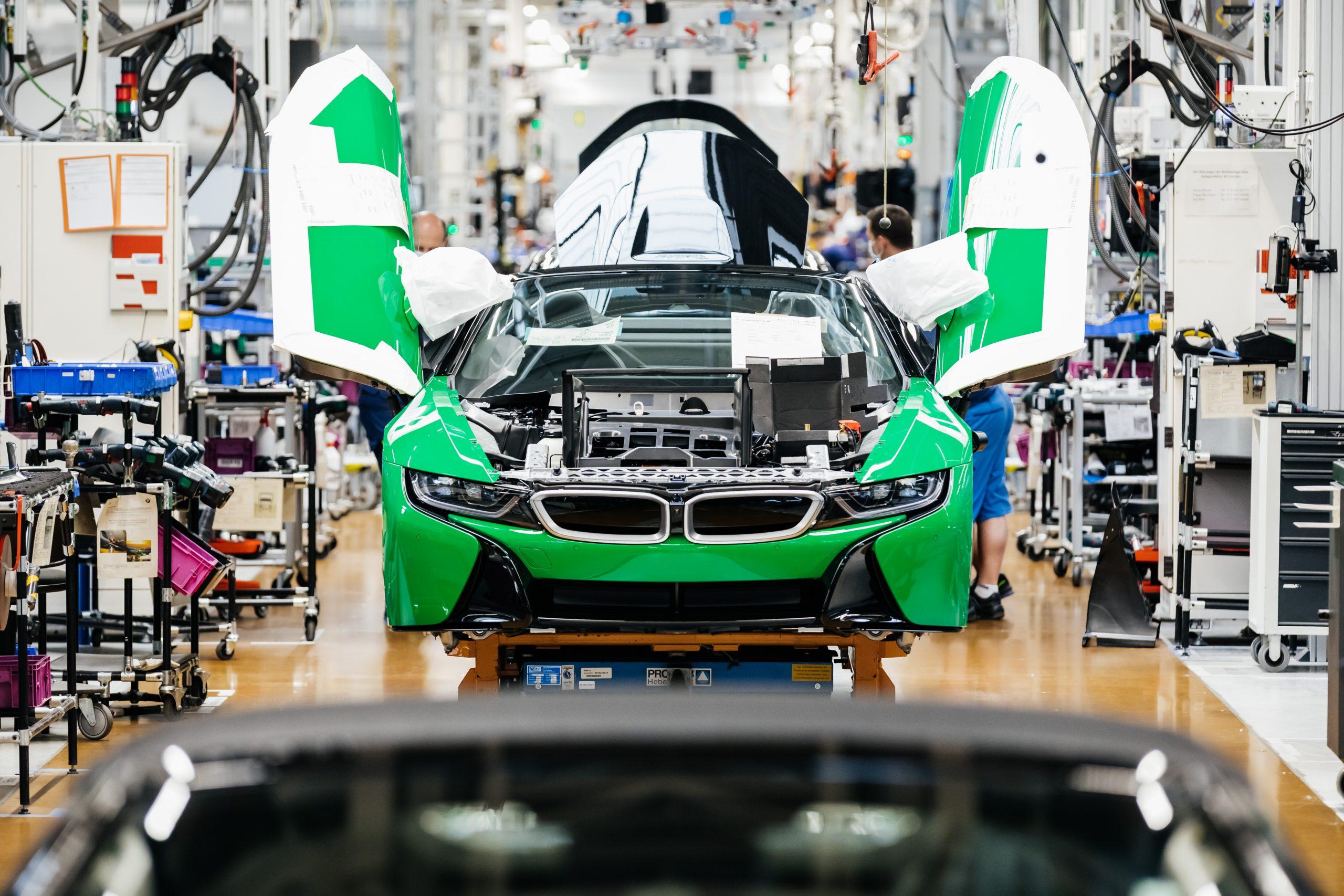 BMW i8 final 18 -factory 8