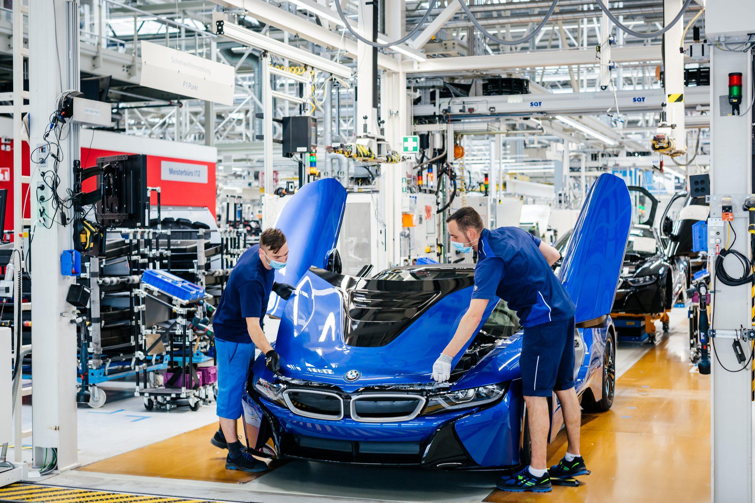BMW i8 final 18 -factory 9