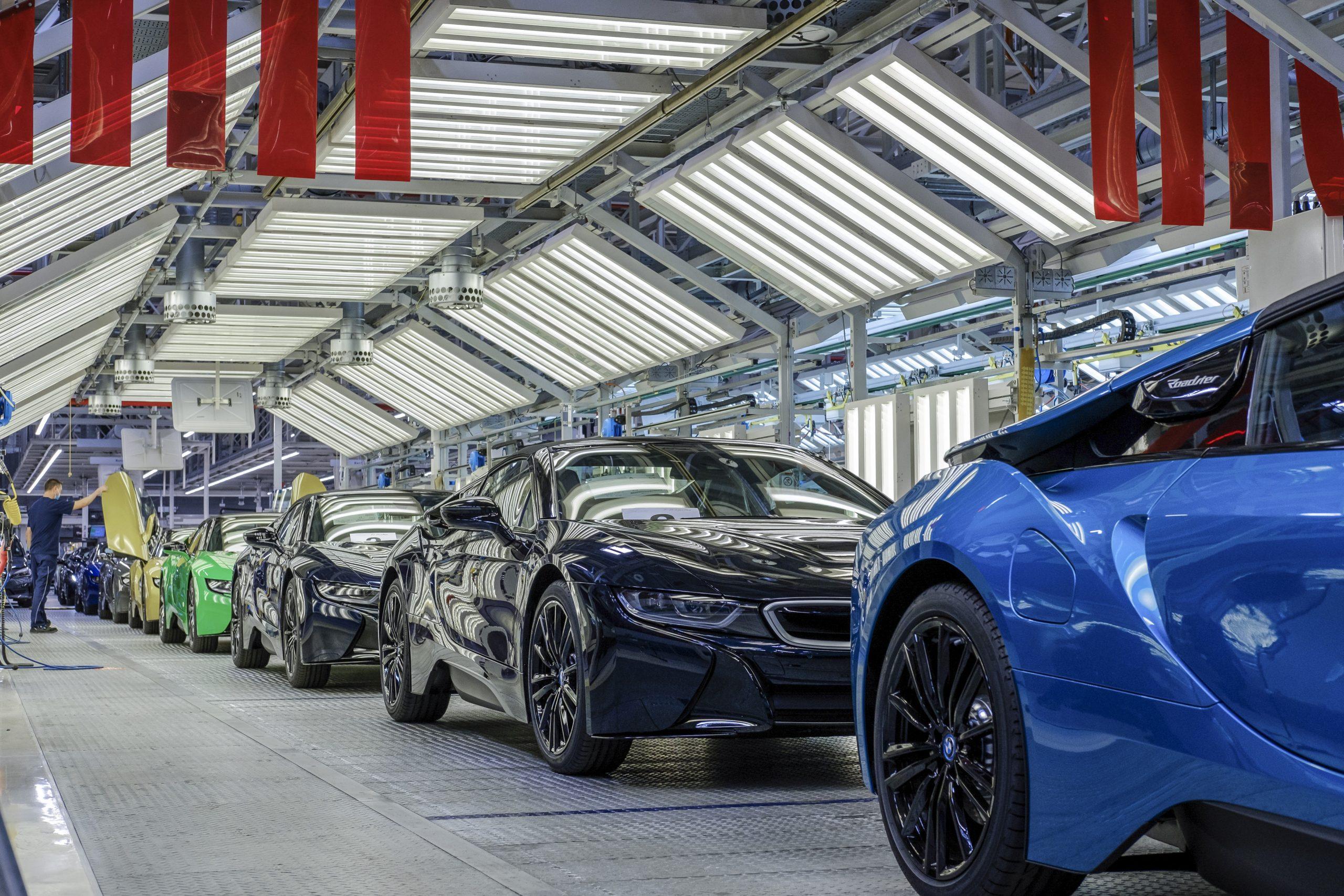BMW i8 final 18 -factory 4