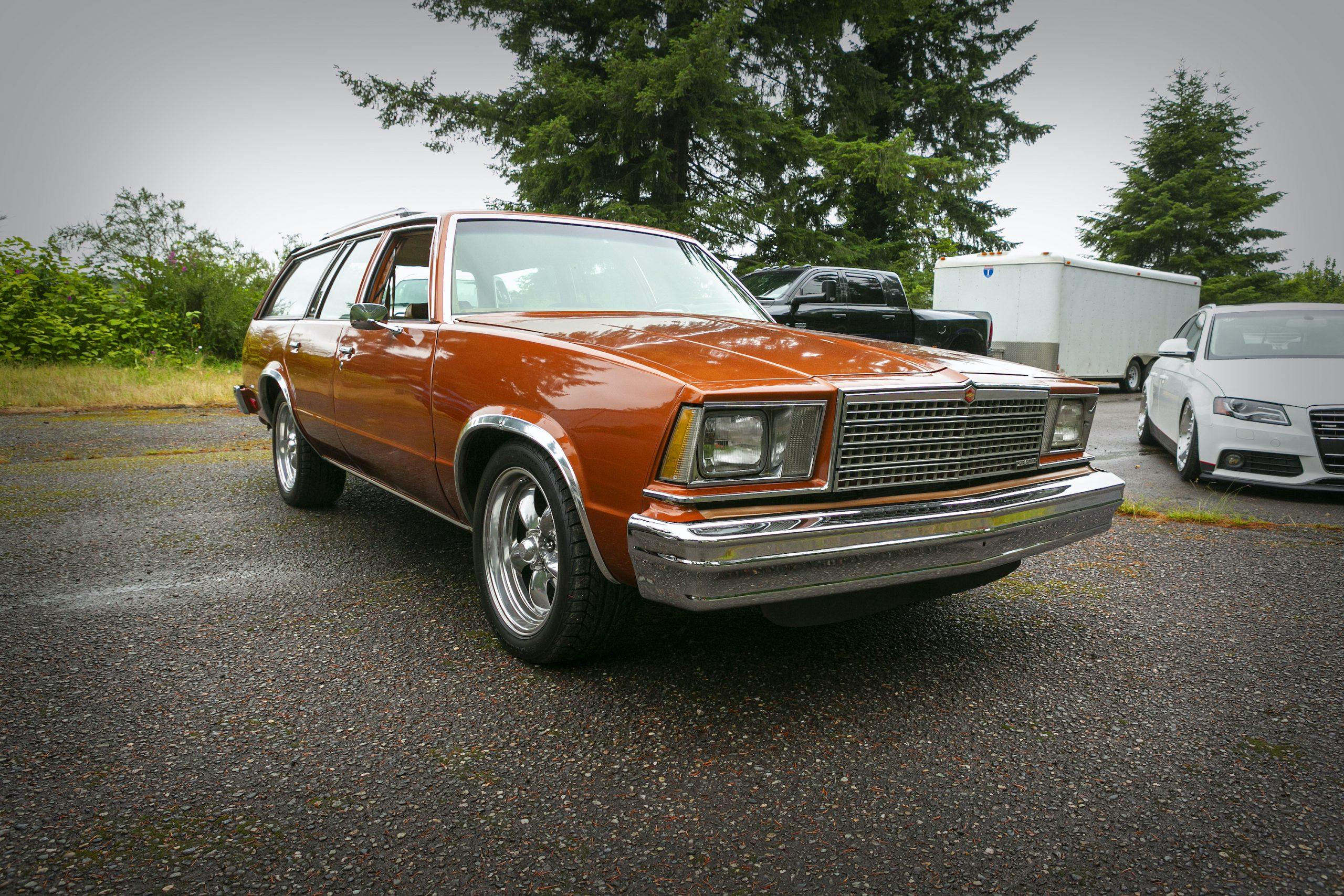 Chevrolet Malibu Wagon Front Three-Quarter