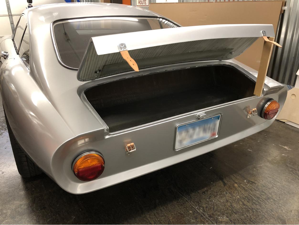 Pontiac Solstice Ferrari replica