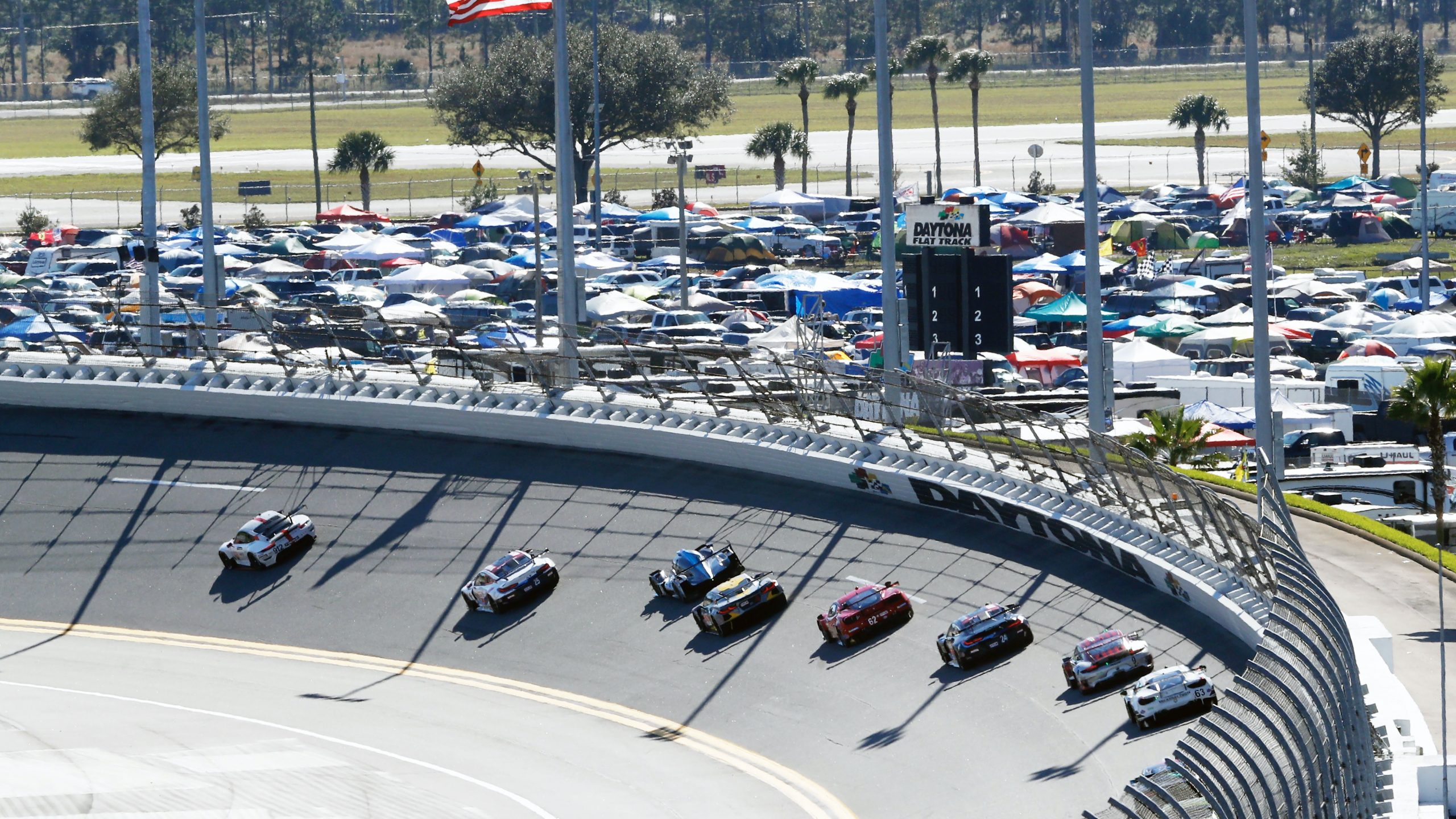 Porsche 911 RSR Daytona Birds Eye Track Action