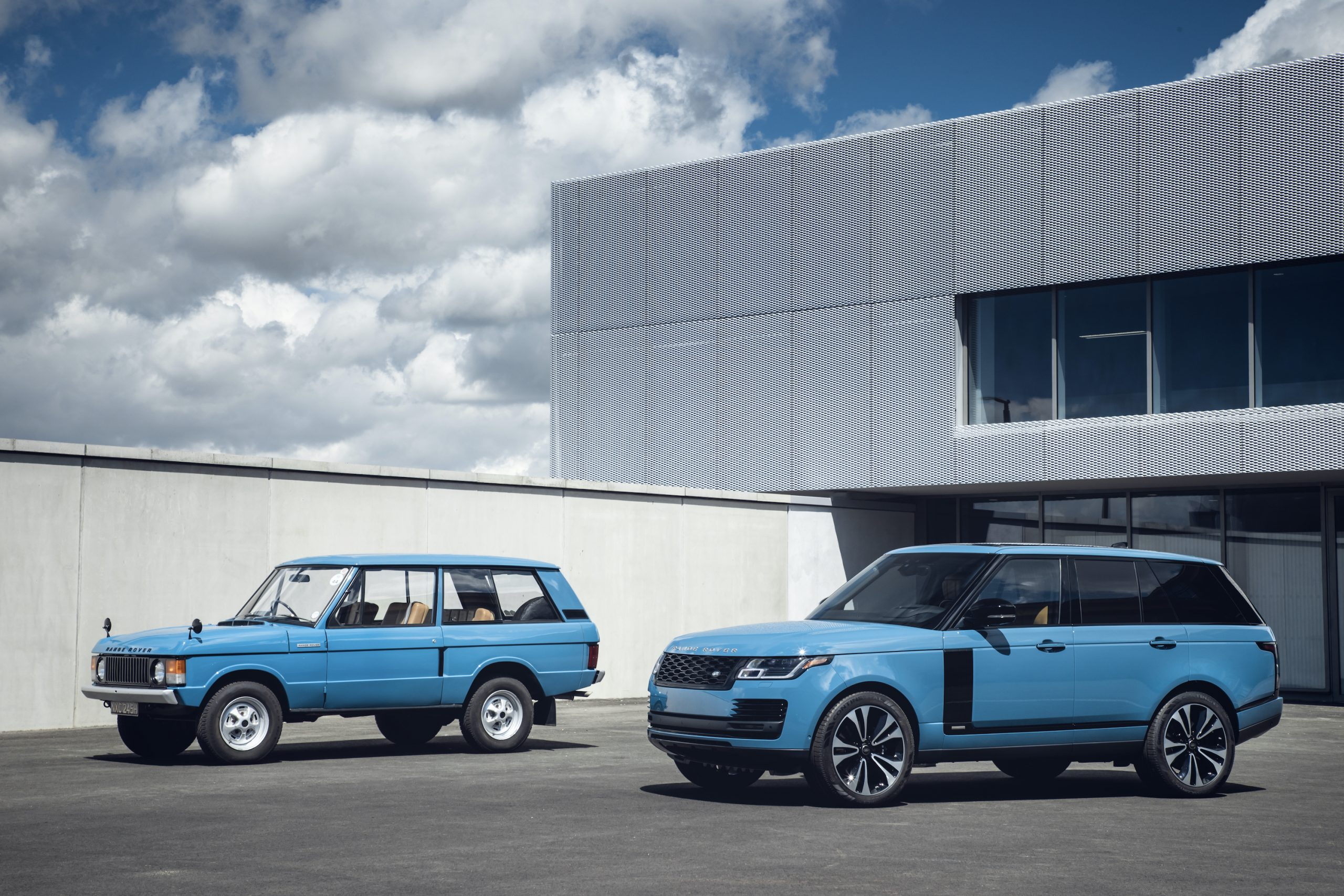 Range Rover New And Classic Front Three-Quarter