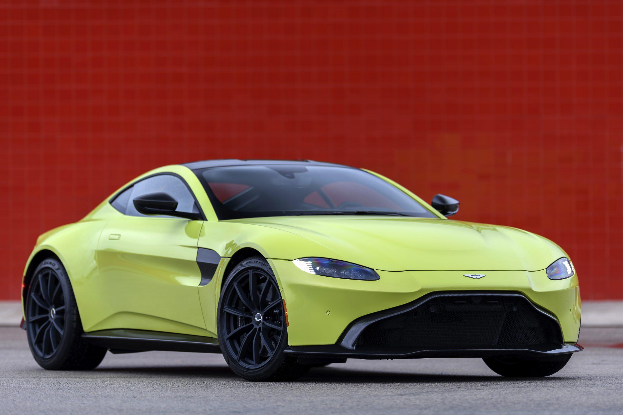 Aston Martin Vantage front 3/4