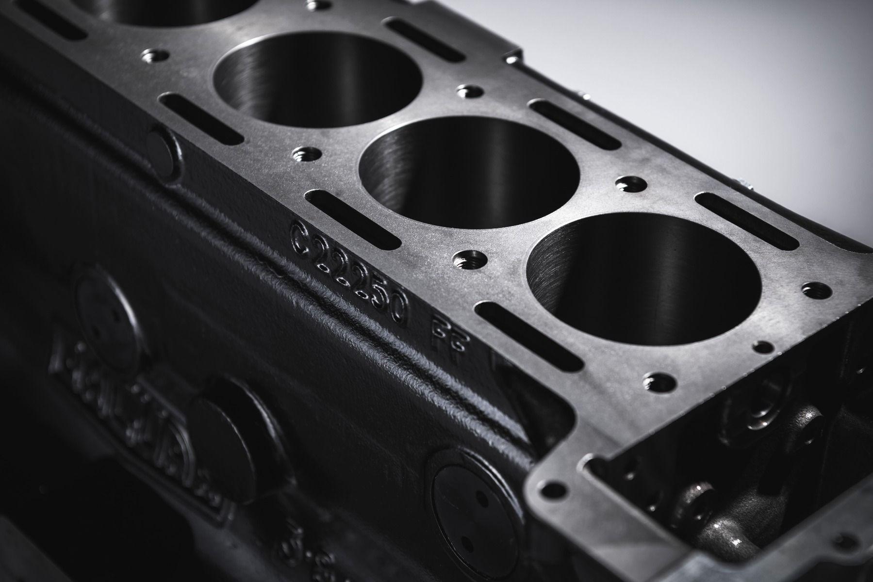 Jaguar XK engine-block-close-up