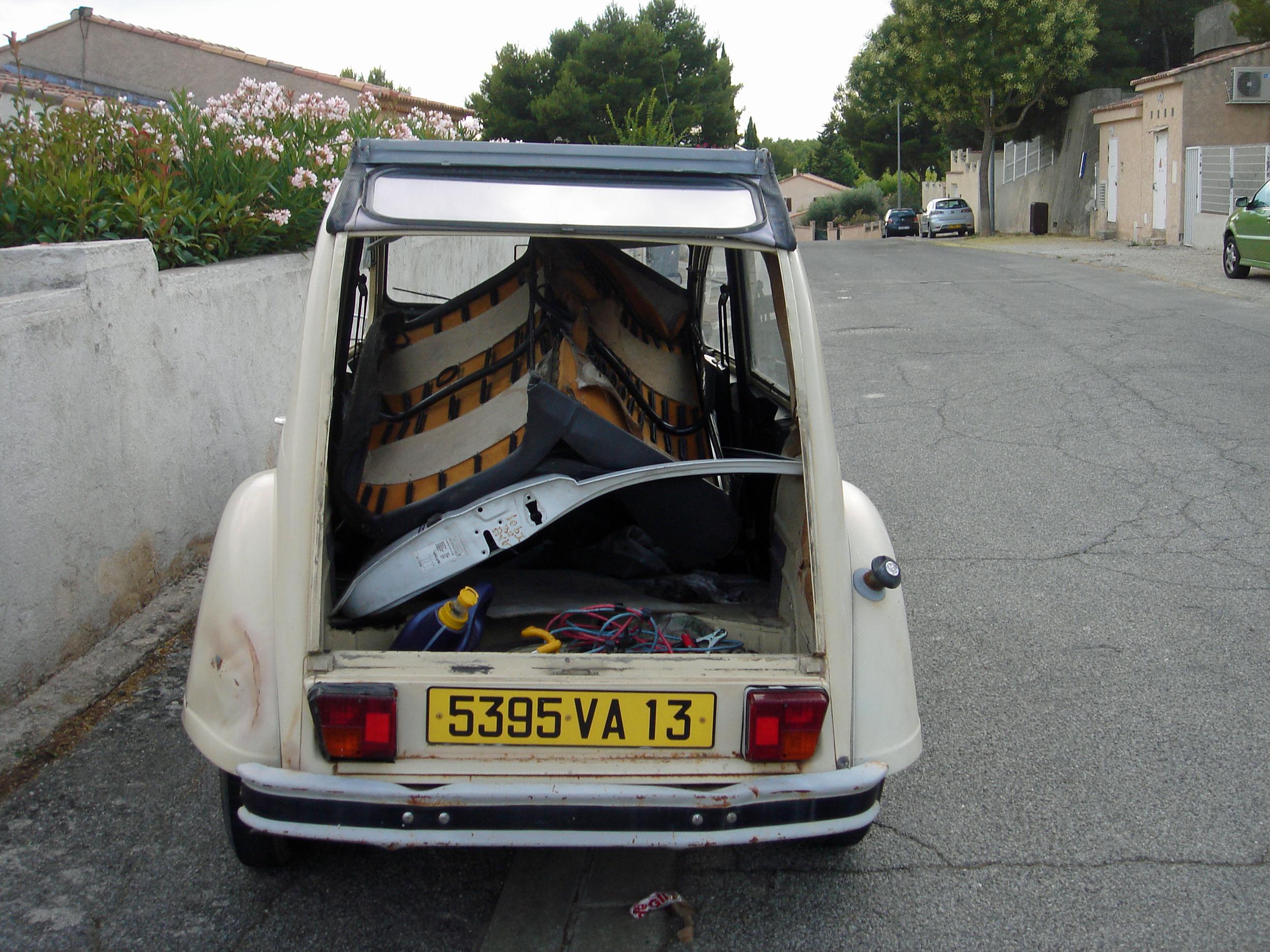 1978 Citroen 2cv rear