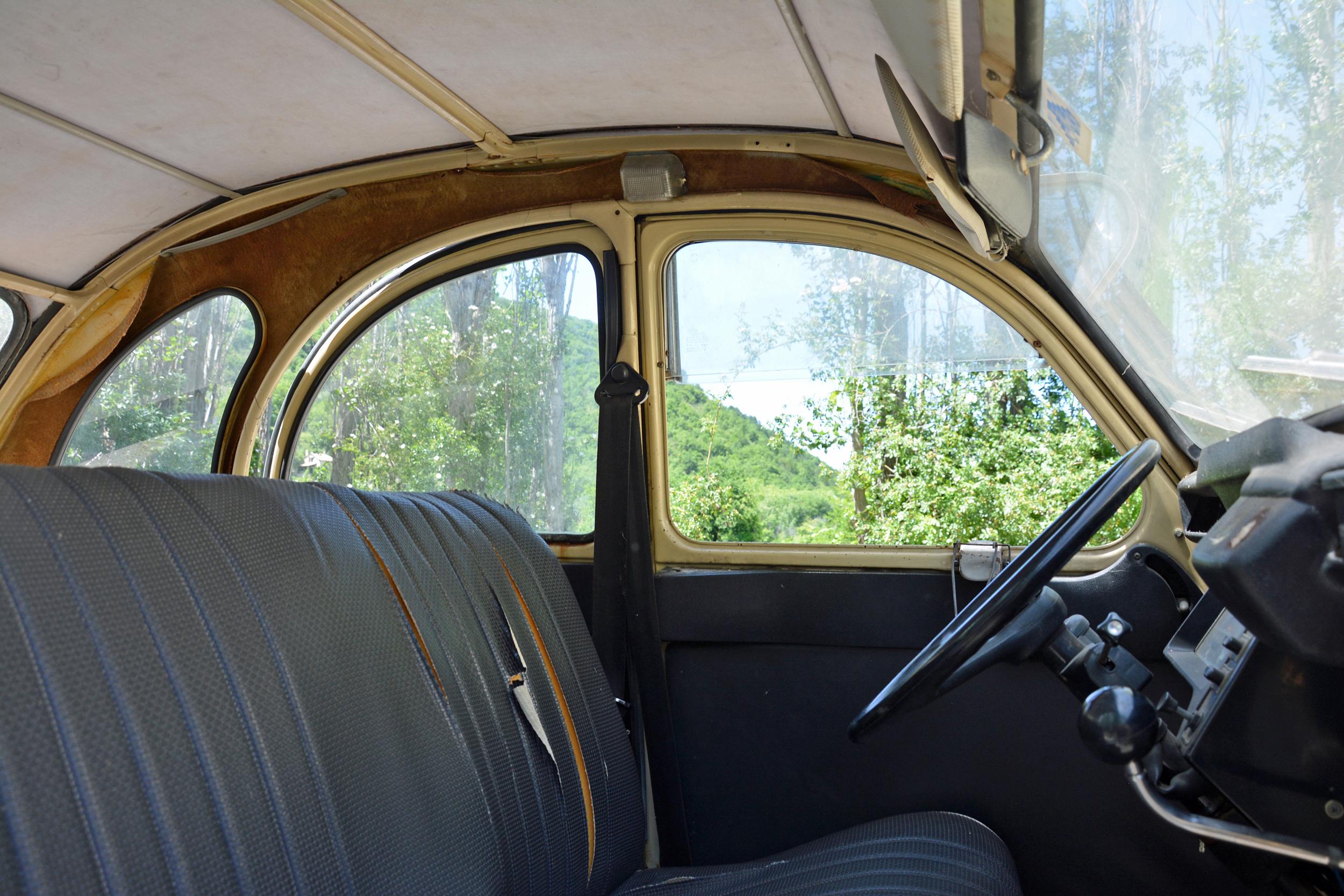 1978 Citroen 2cv interior