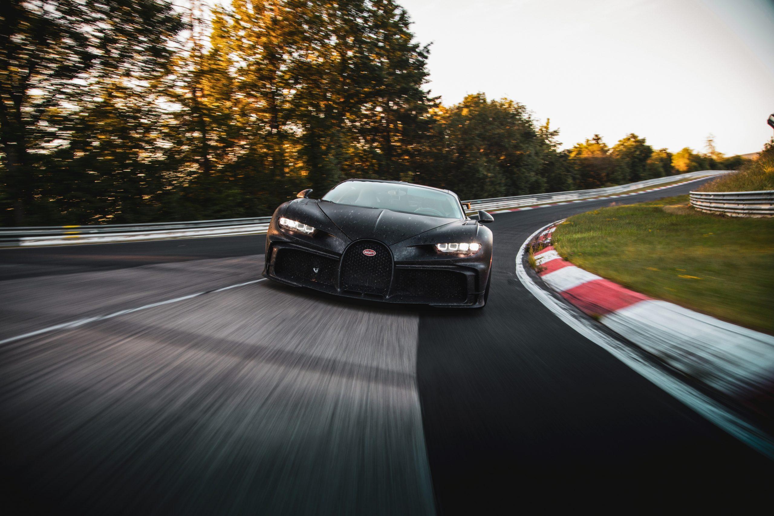 Bugatti_chiron_pur_sport_nordschleife_02