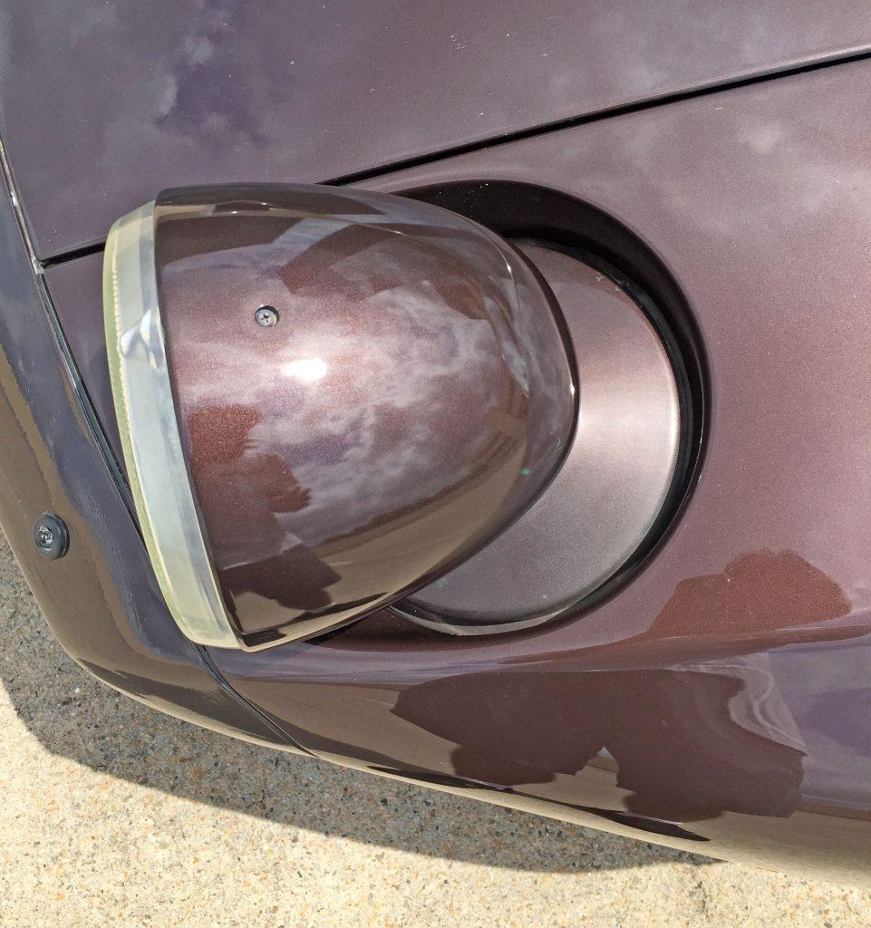 Porsche 928 S4 headlight