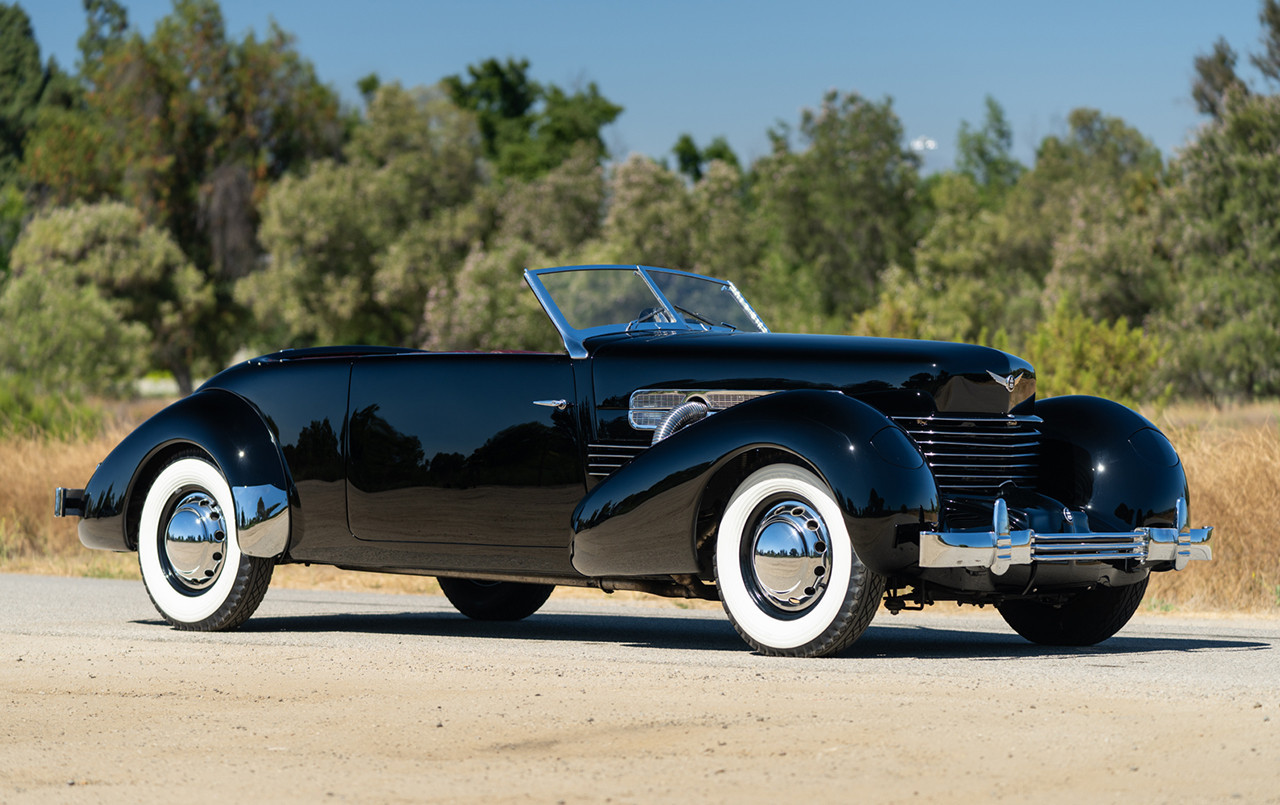 1937 Cord 812 S/C Phaeton front three quarter