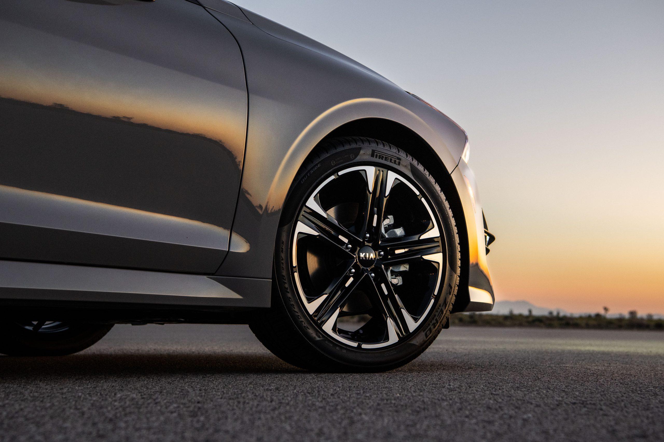 2021 K5 GT-Line AWD wheel