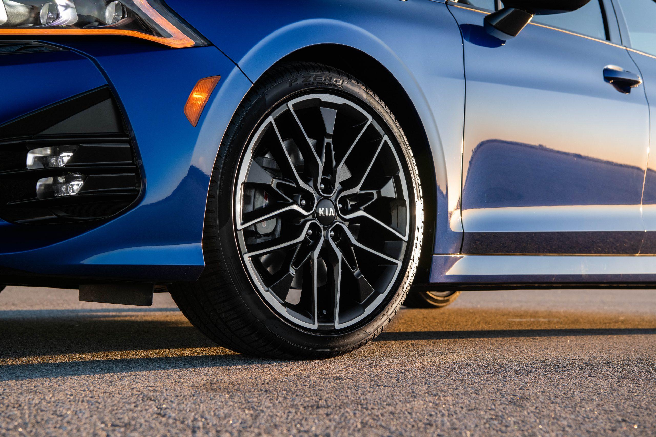 2021 K5 GT wheel