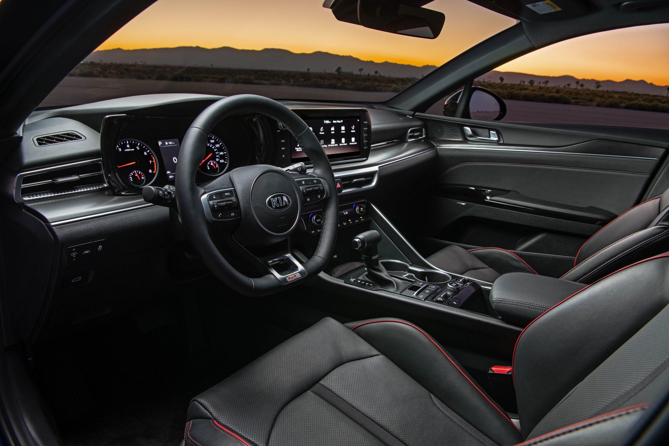 2021 K5 GT interior