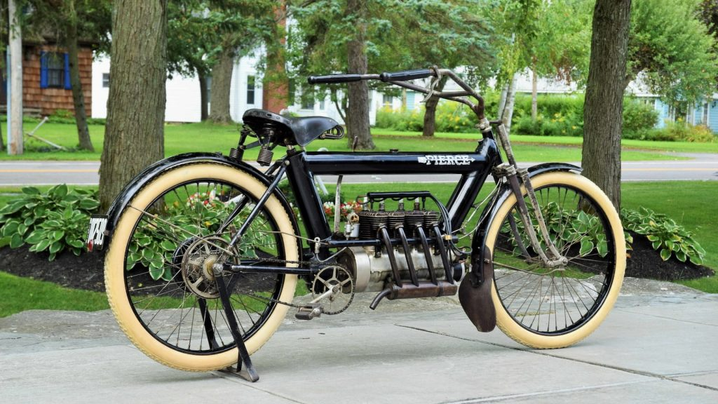 1911 Pierce Arrow Motorcycle profile