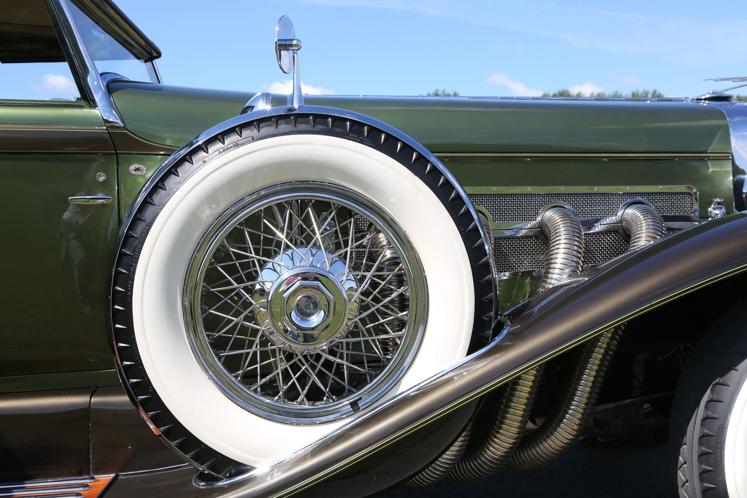 1929 Duesenberg Model SJ Convertible Sedan by Murphy spare wheel