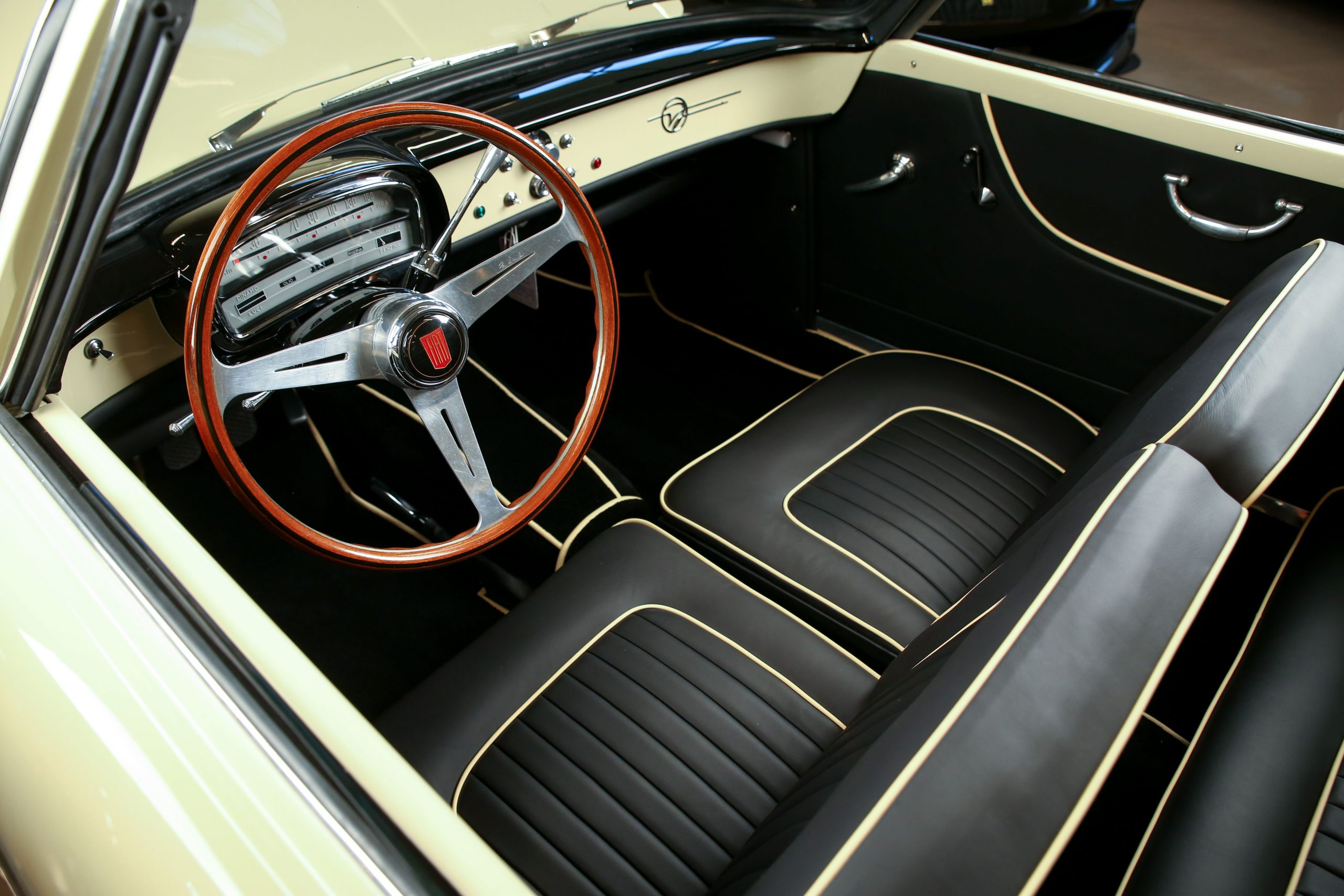 1958 Fiat 1200 Wonderful Coupe by Vignale interior