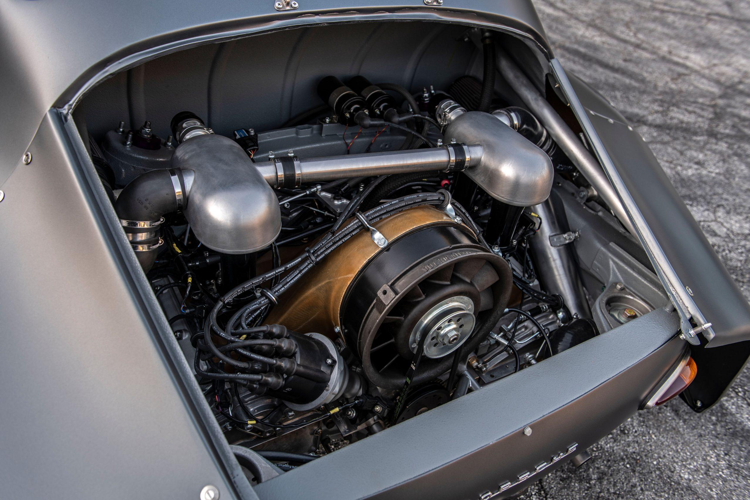 1960-Porsche-356-RSR-Outlaw-by-MOMO_Emory_29