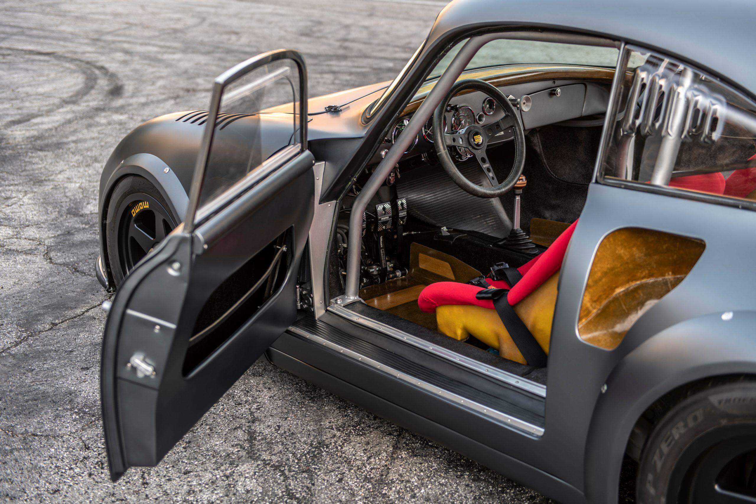 1960-Porsche-356-RSR-Outlaw-by-MOMO_Emory_37