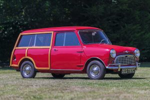 Red Morris Mini Traveller De Luxe Front Three-Quarter