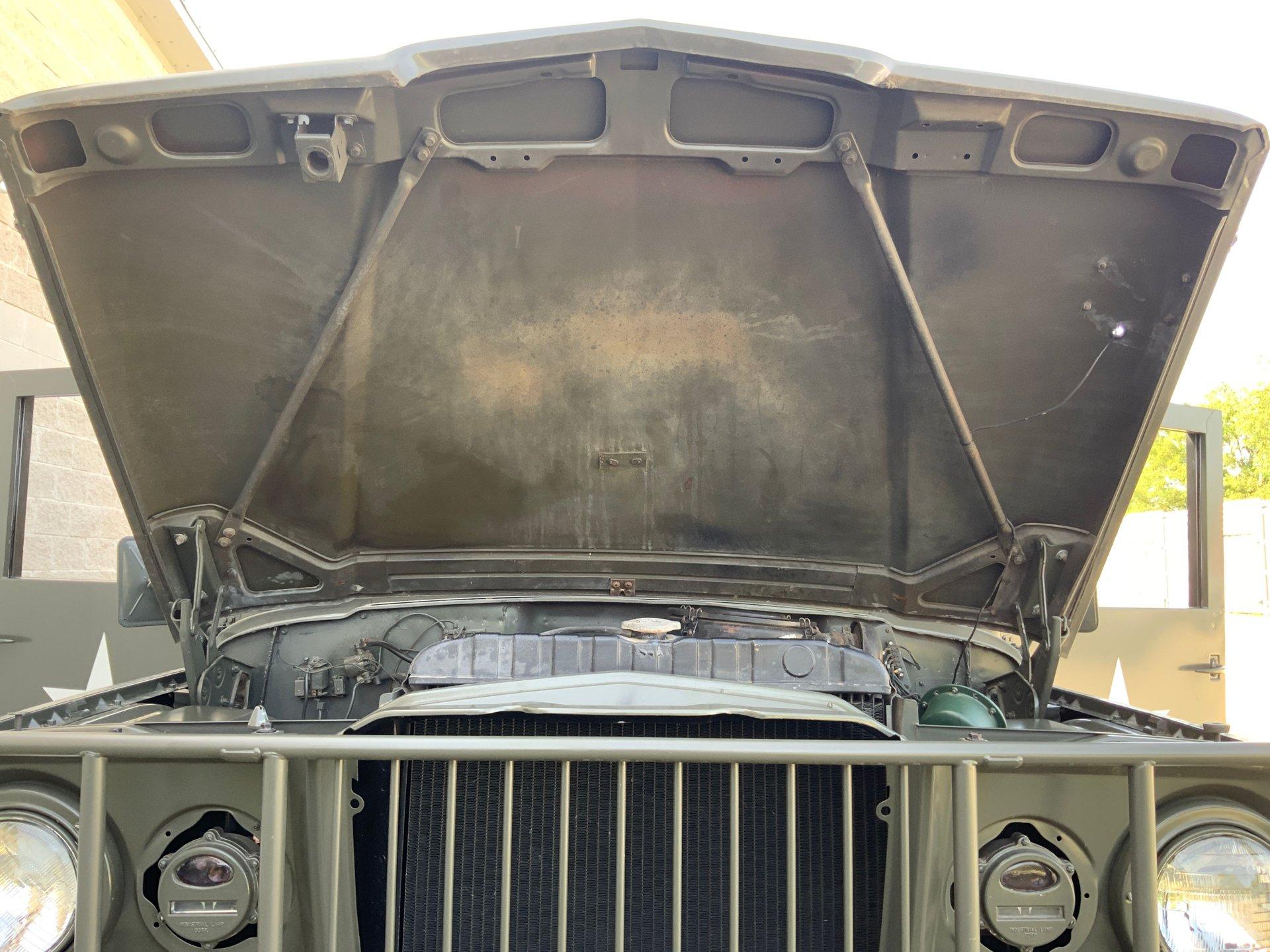 1967 Jeep M725 Ambulance Open Hood