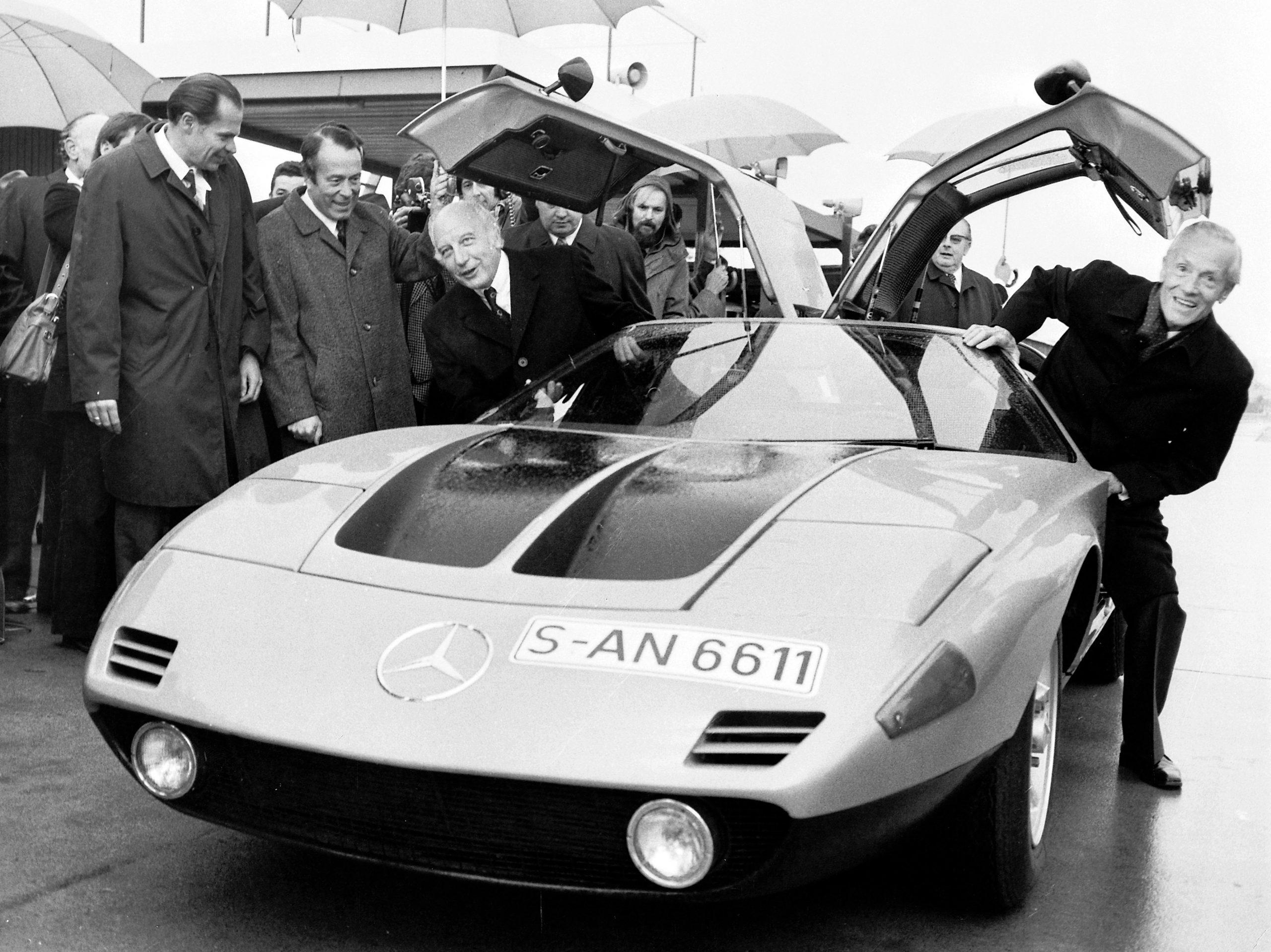 1970 Mercedes-Benz C 111-II with German president 1974