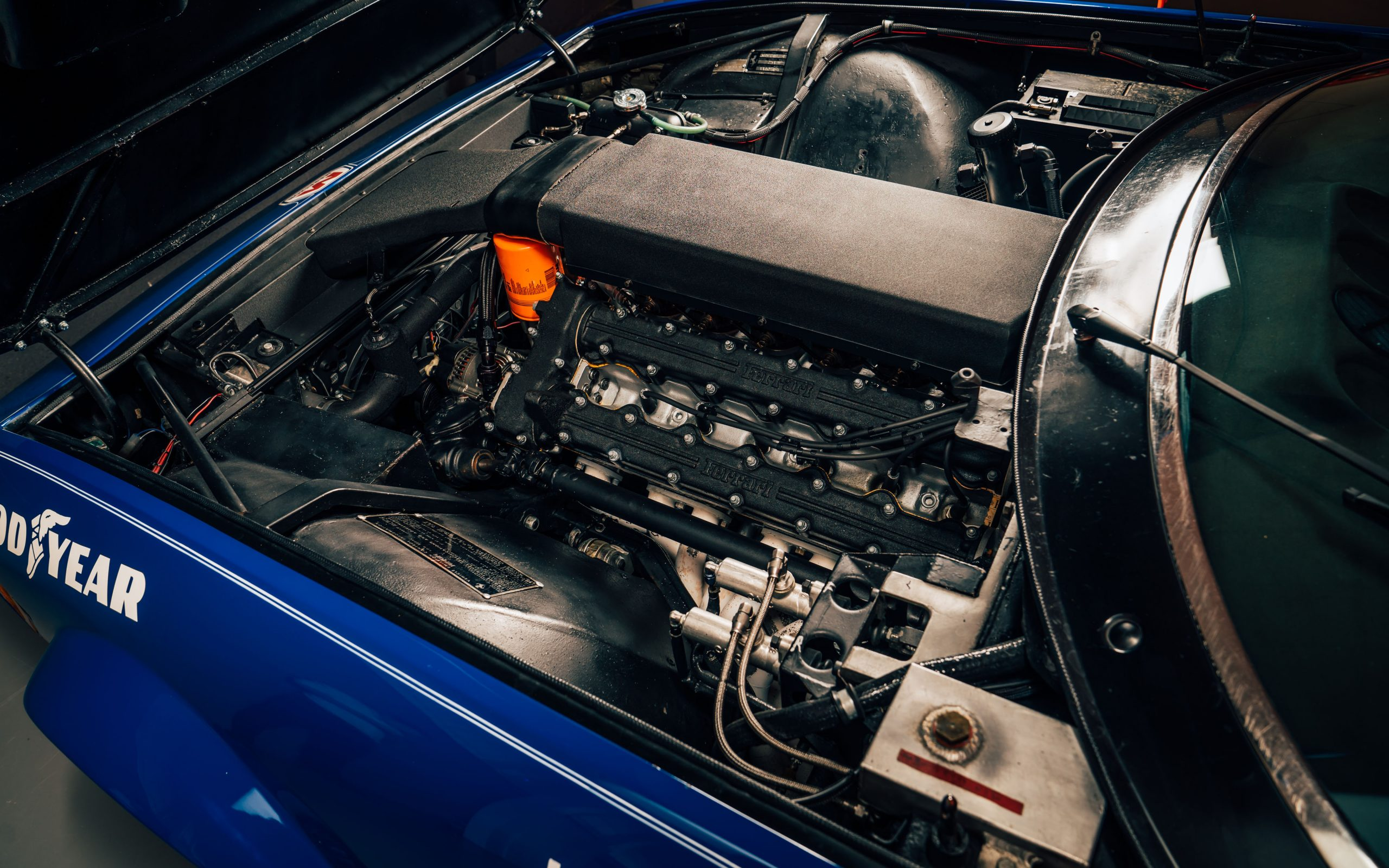 Ferrari 365 GTB:4 Daytona engine