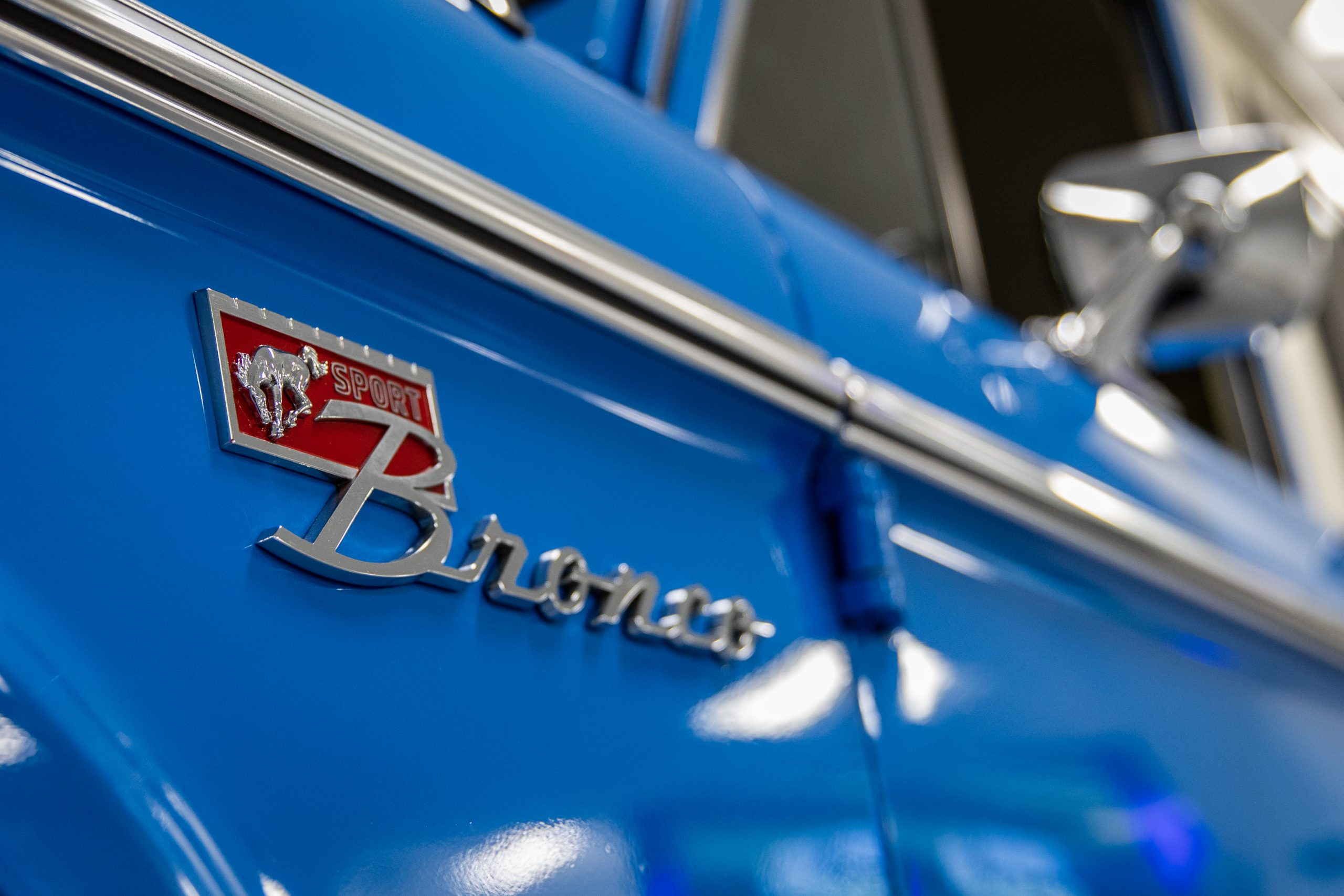 1973 ford Bronco Sport badge