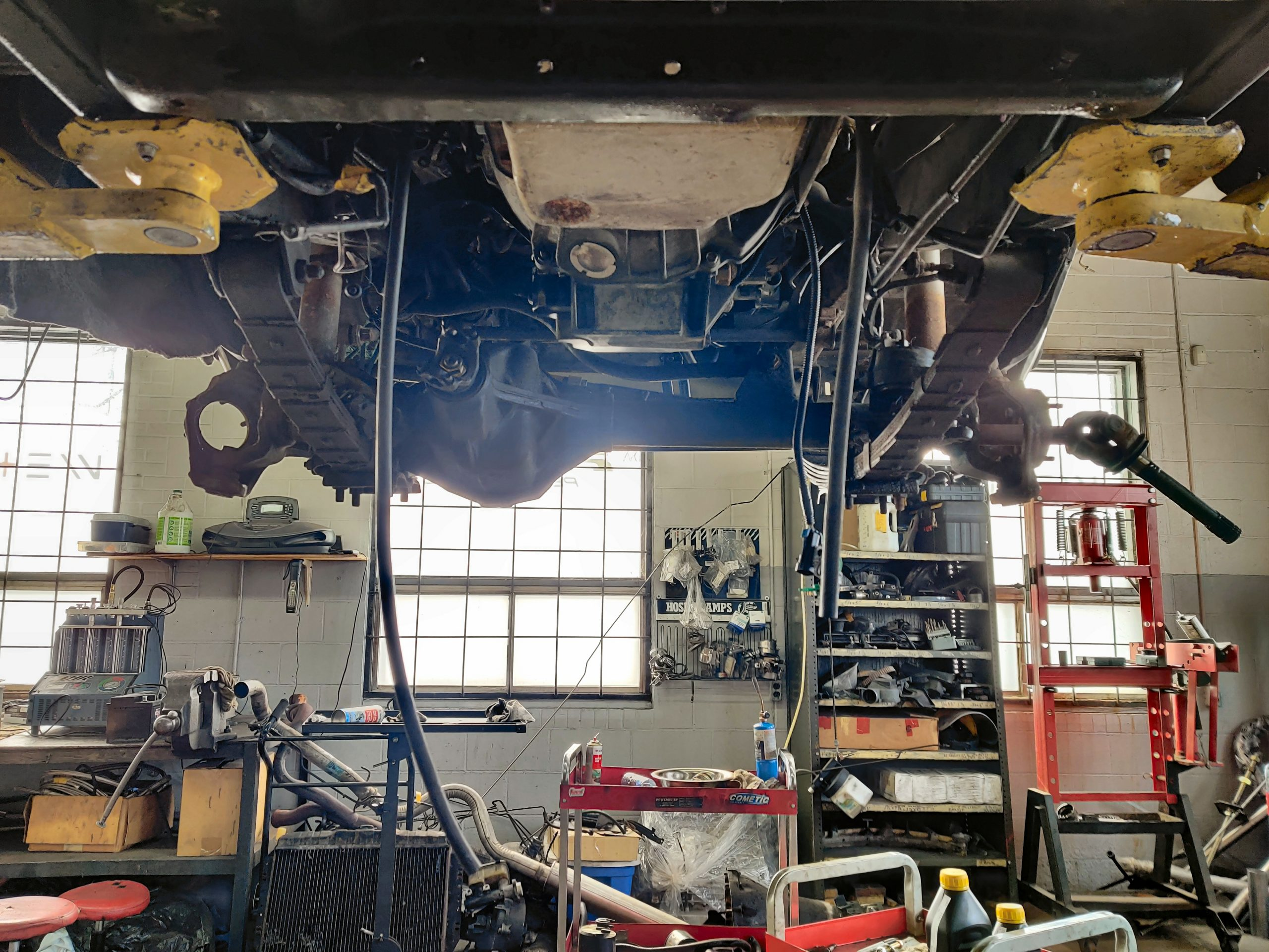 1987 Jeep Grand Wagoneer LS Swap Project