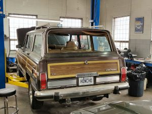 1987 Jeep Grand Wagoneer LS Swap Project