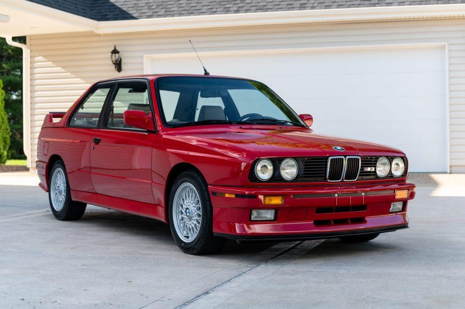 1988 BMW M3 front three quarter