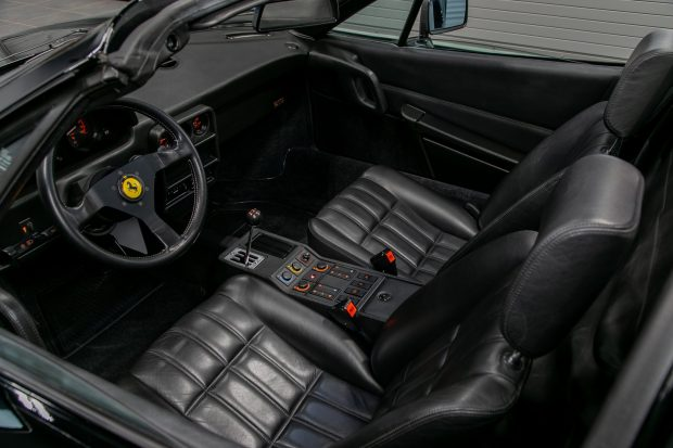 1989 Ferrari 328 GTS - interior