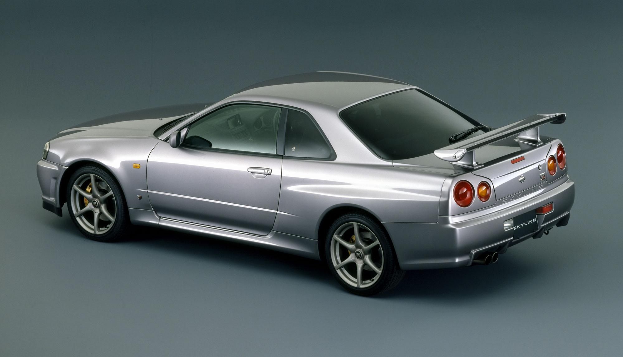 1999 Skyline GT-R rear three-quarter