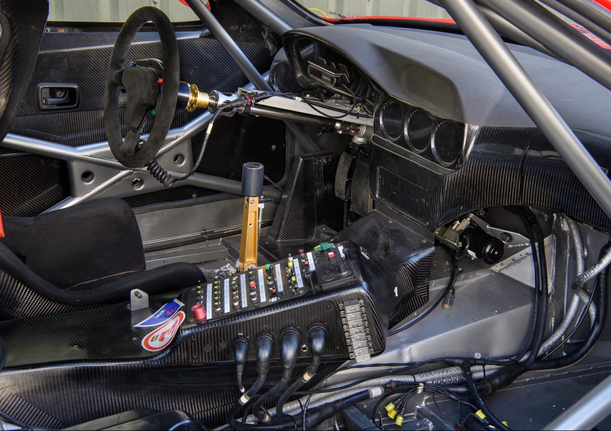 Ferrari 550 GT1 interior cockpit