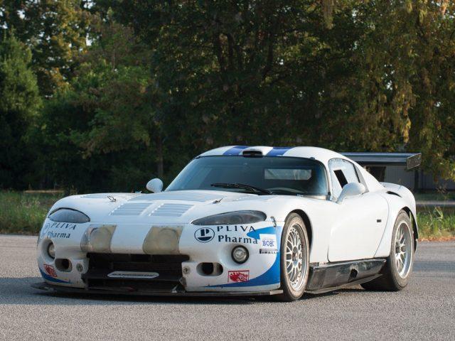 2003-Dodge-Viper-GTS-R