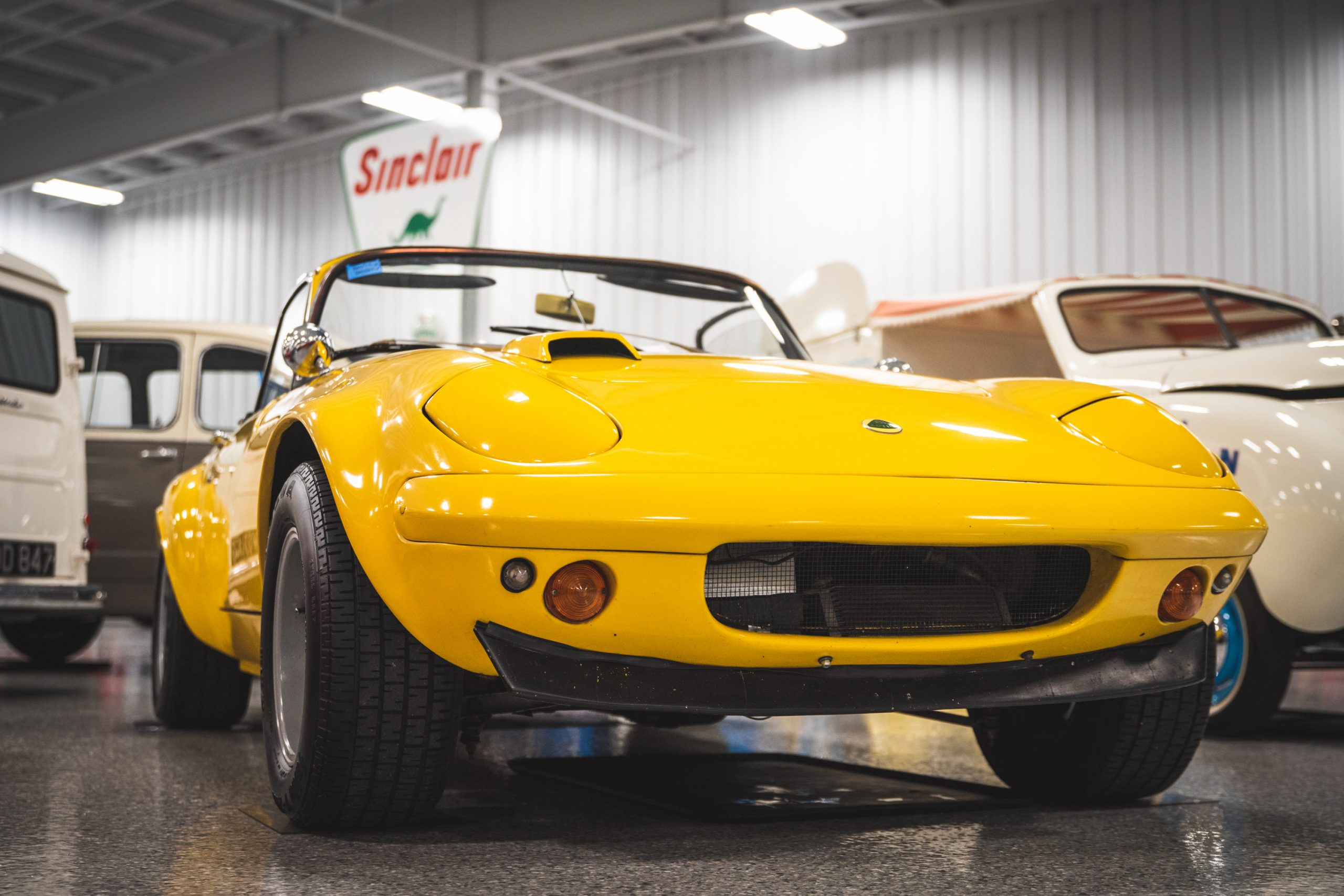 yellow lotus elan s4 front close