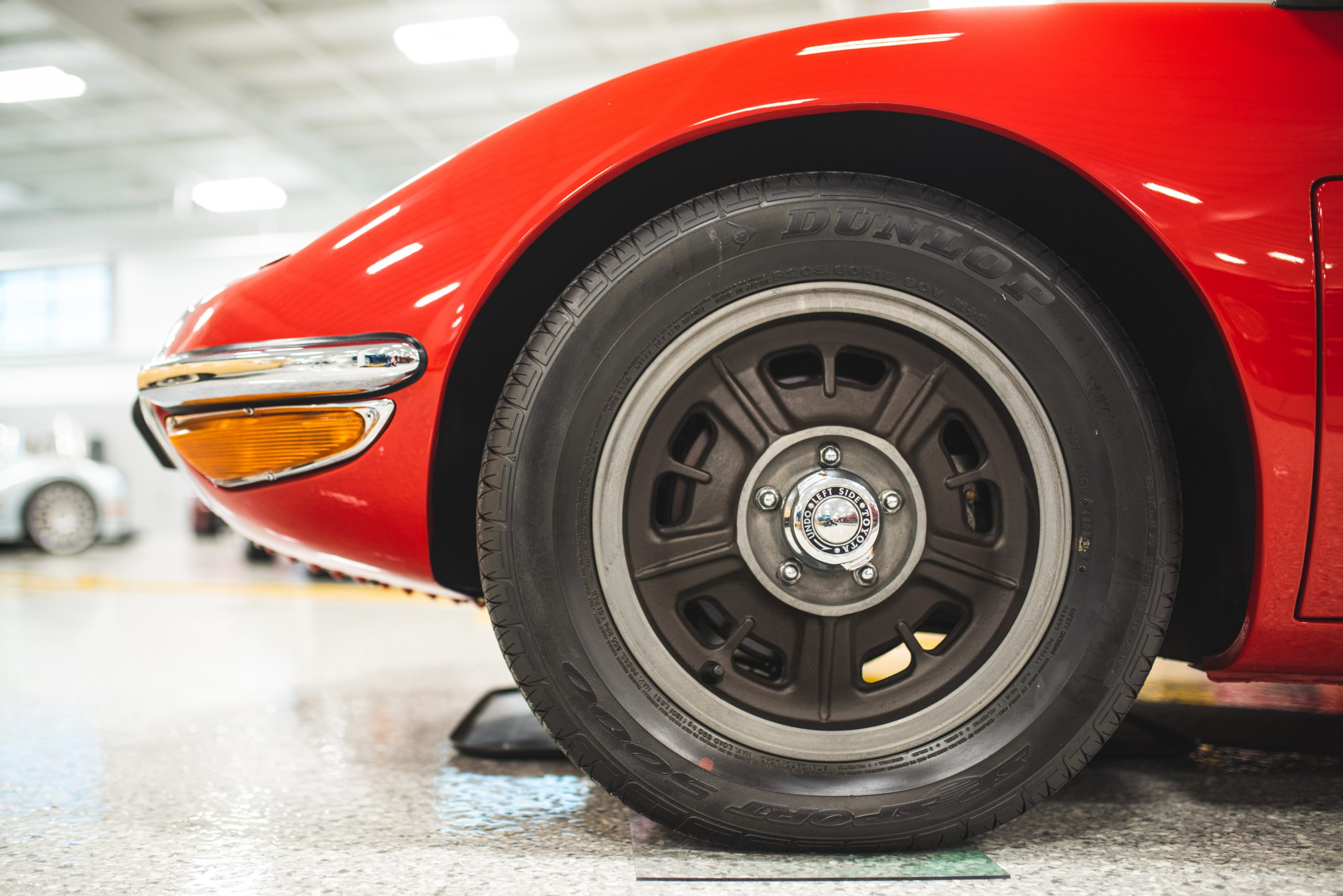 toyota 2000 gt wheel close up