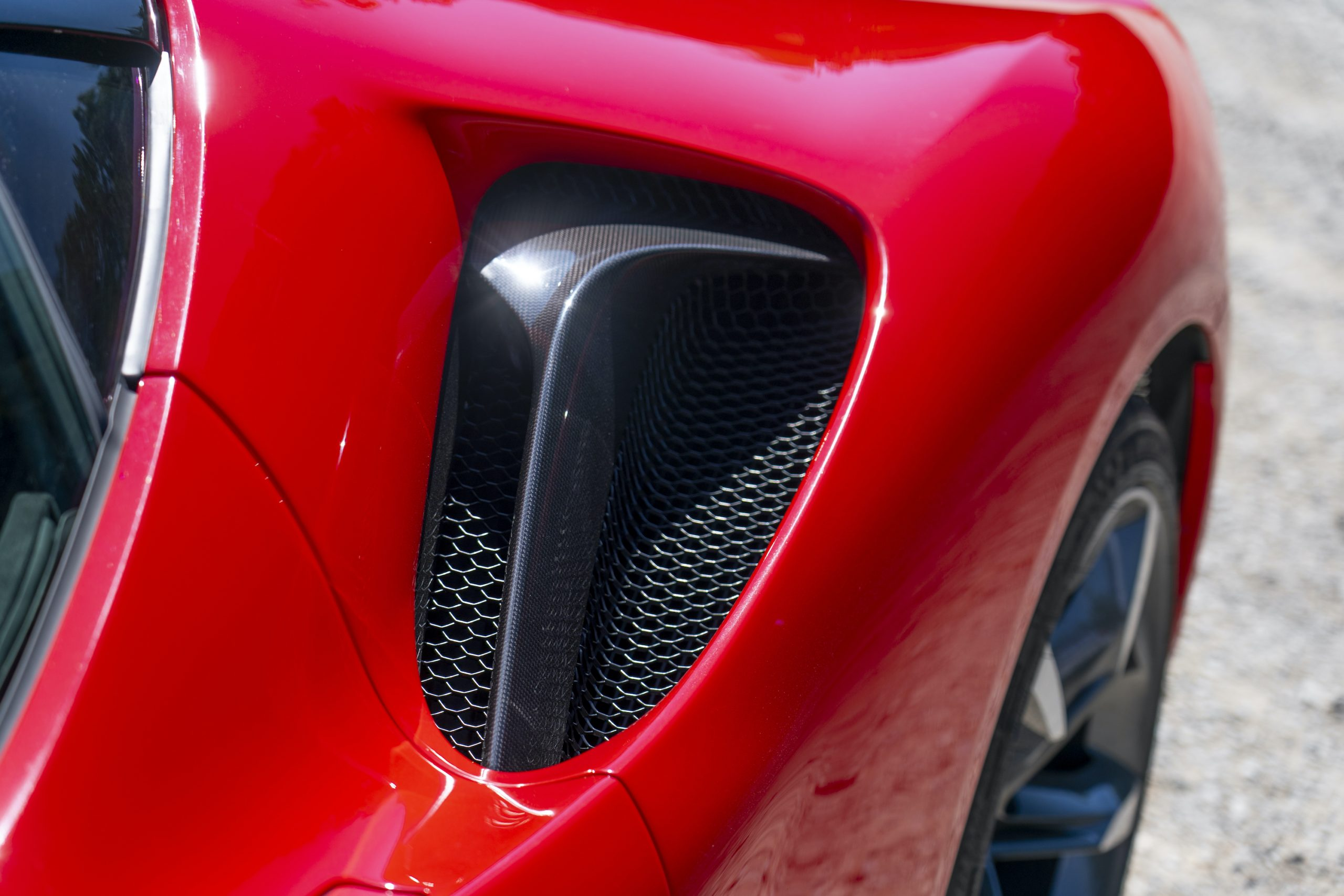SF90 Stradale rear quarter panel vent