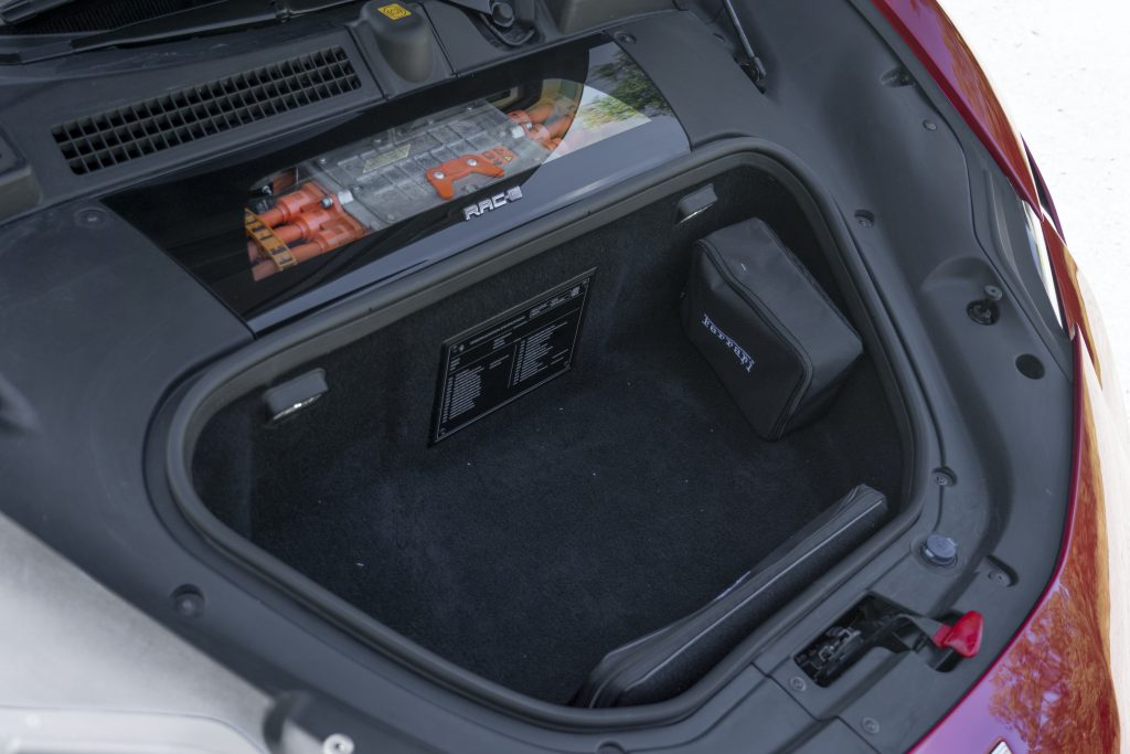 SF90 Stradale front trunk cargo