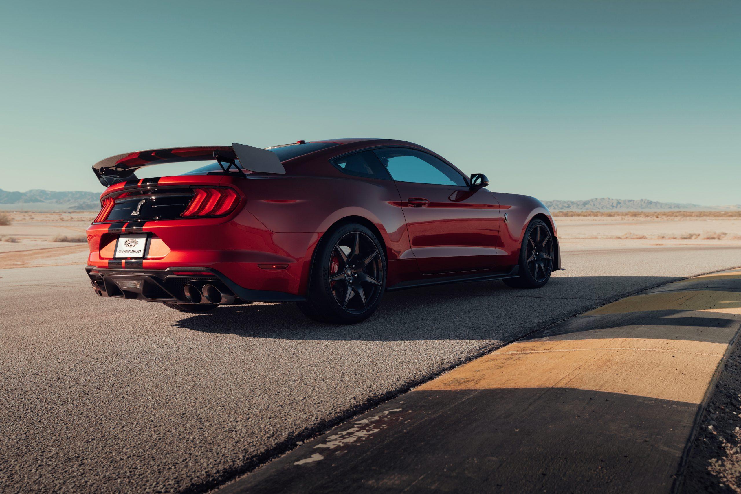 2020 Mustang Shelby GT500 Rear Three-Quarter