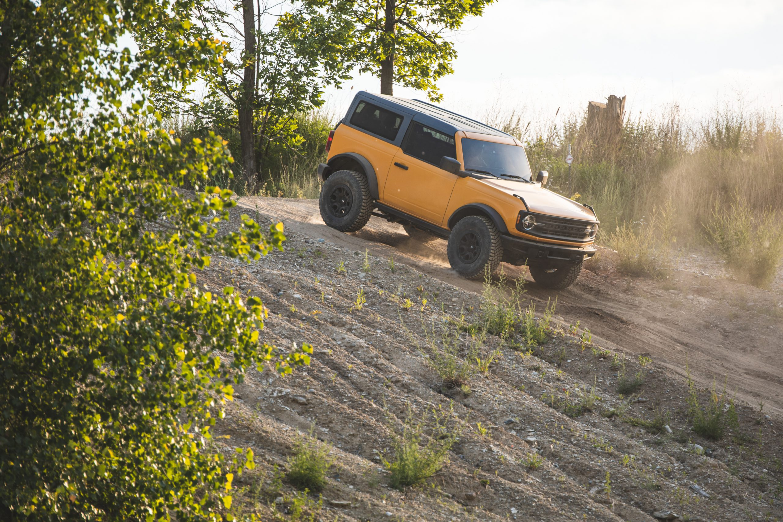 2021 Ford Bronco Two Door Front Three-Quarter Descent Action