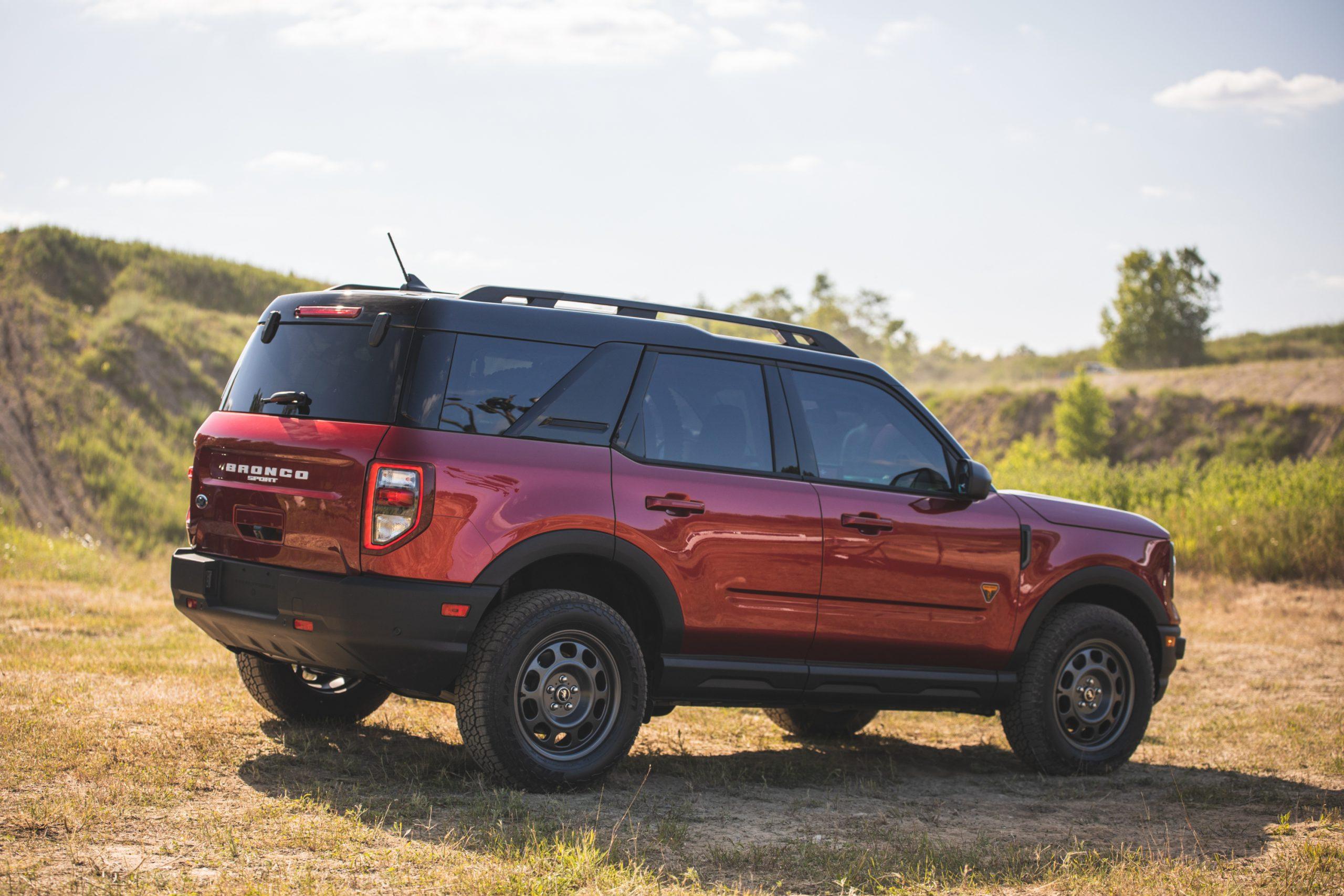 2021 Ford Bronco Sport Rear Three-Quarter